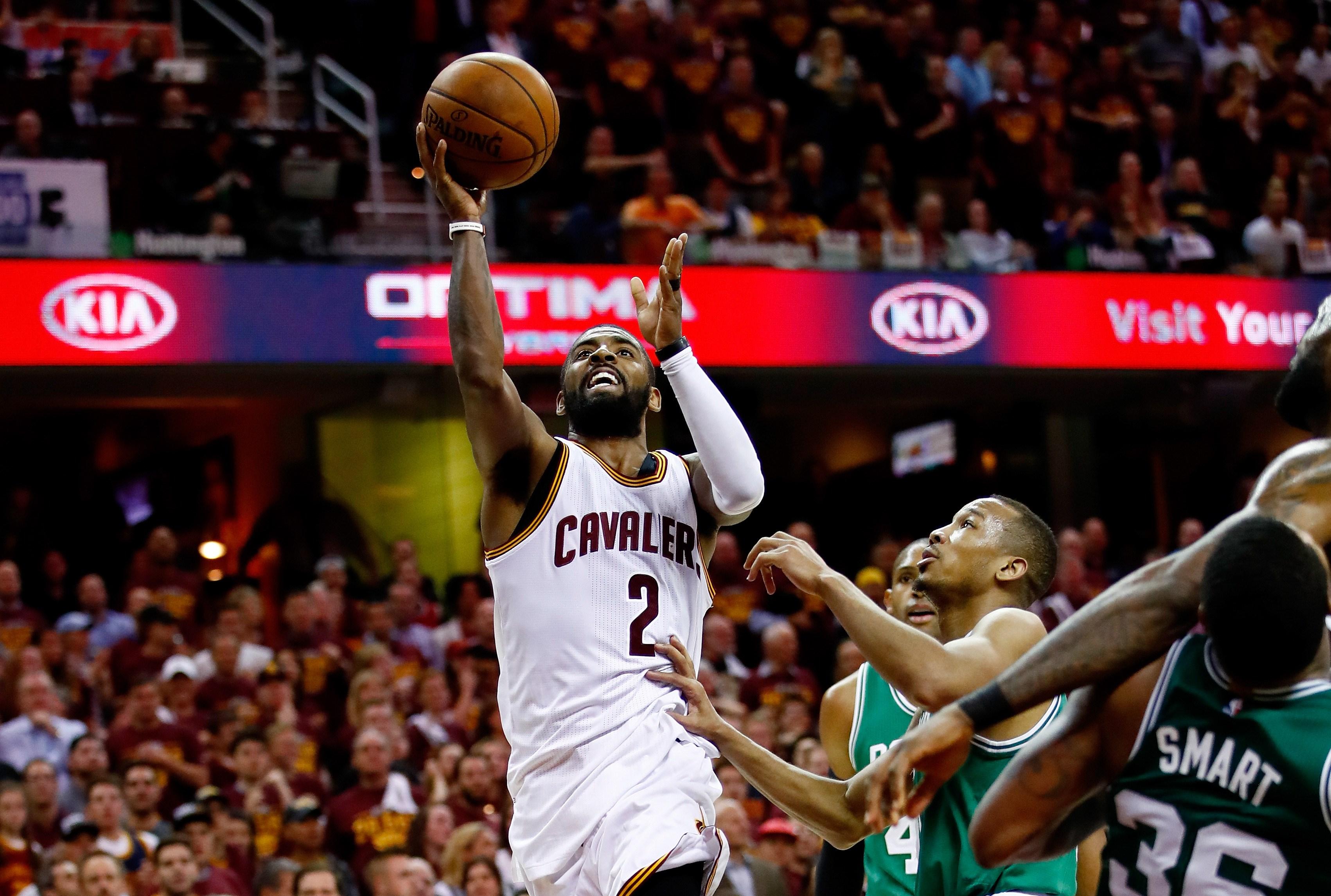 Basket - NBA - Game 4 : Kyrie Irving (42 points) enfile son costume de super-héros et guide les Cavs vers la victoire