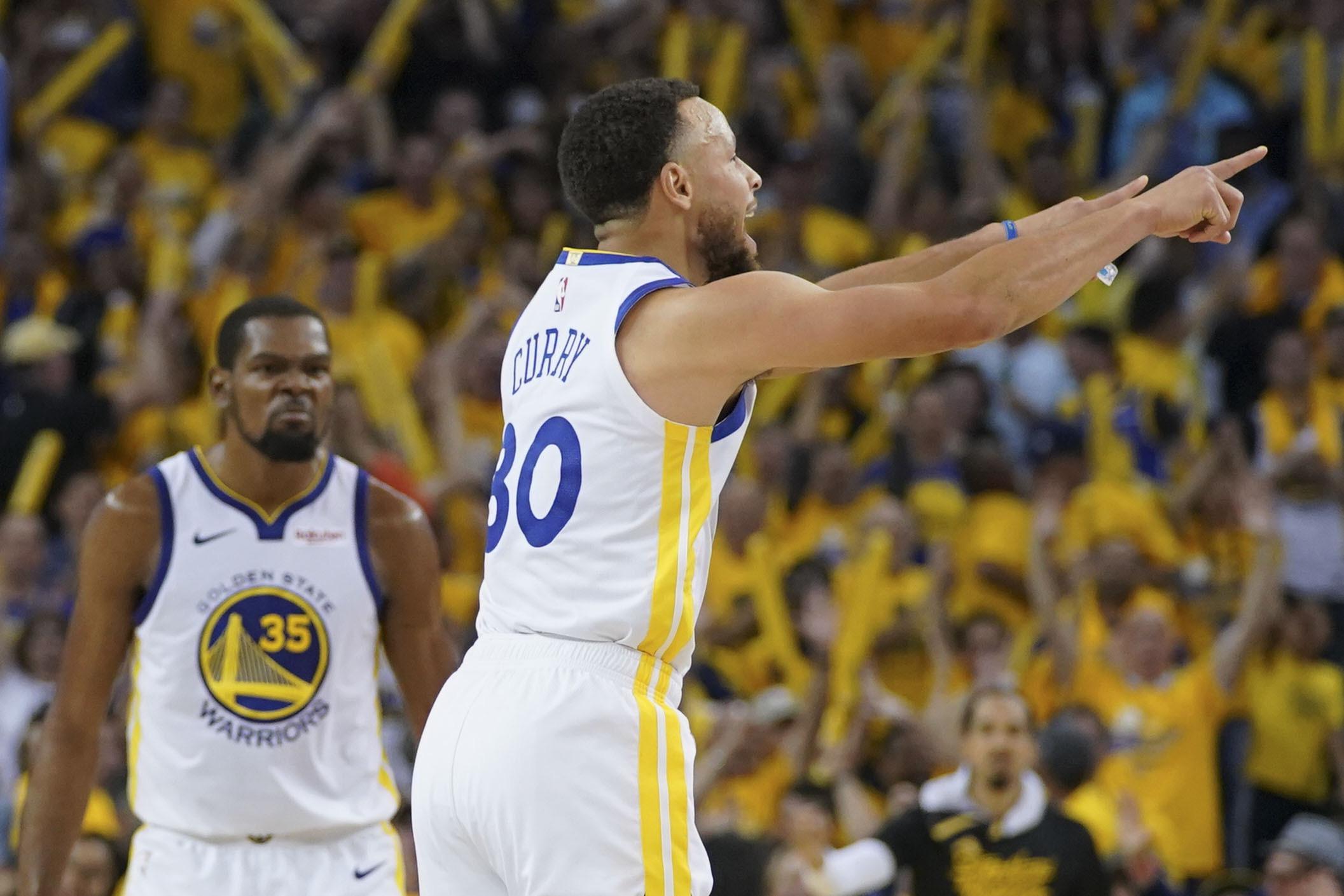 e3c00d766a30c Article similaire à Basket - NBA - NBA : Kyrie Irving décisif pour ...