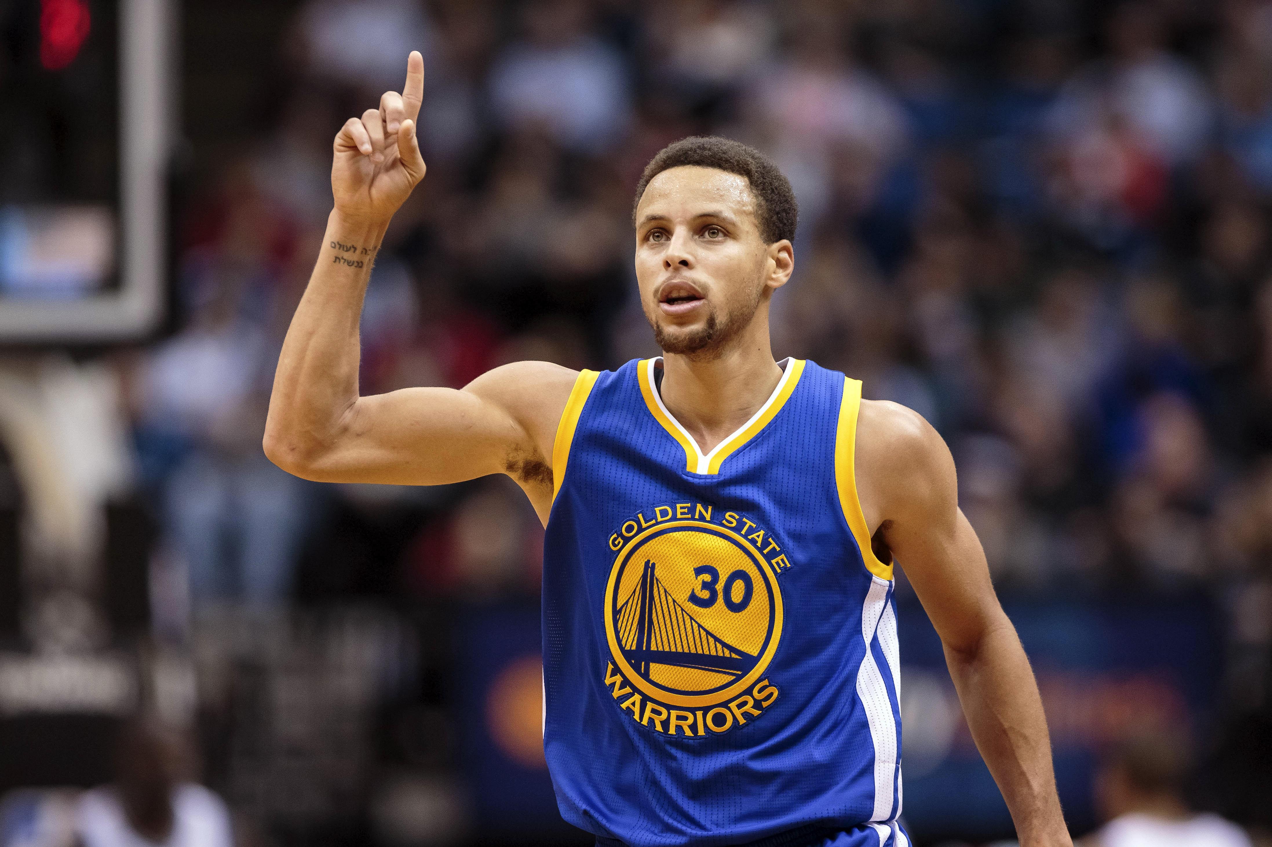 Basket - NBA - Golden State et Curry m�ritent bien un 10 sur 10