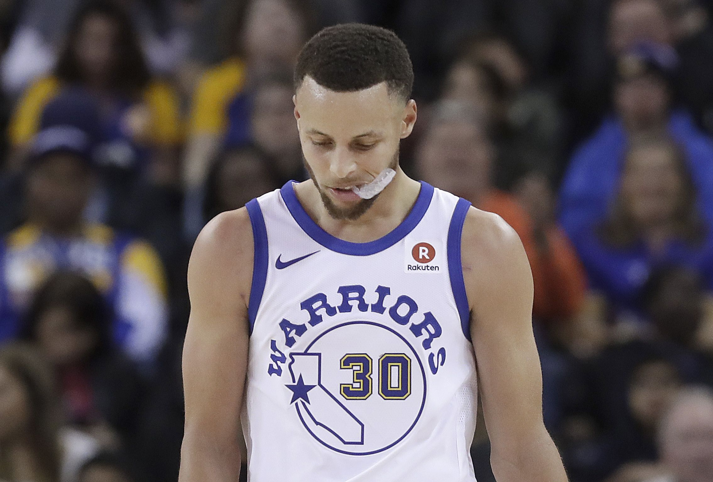 Basket - NBA - Golden State et Stephen Curry accablés par la malchance