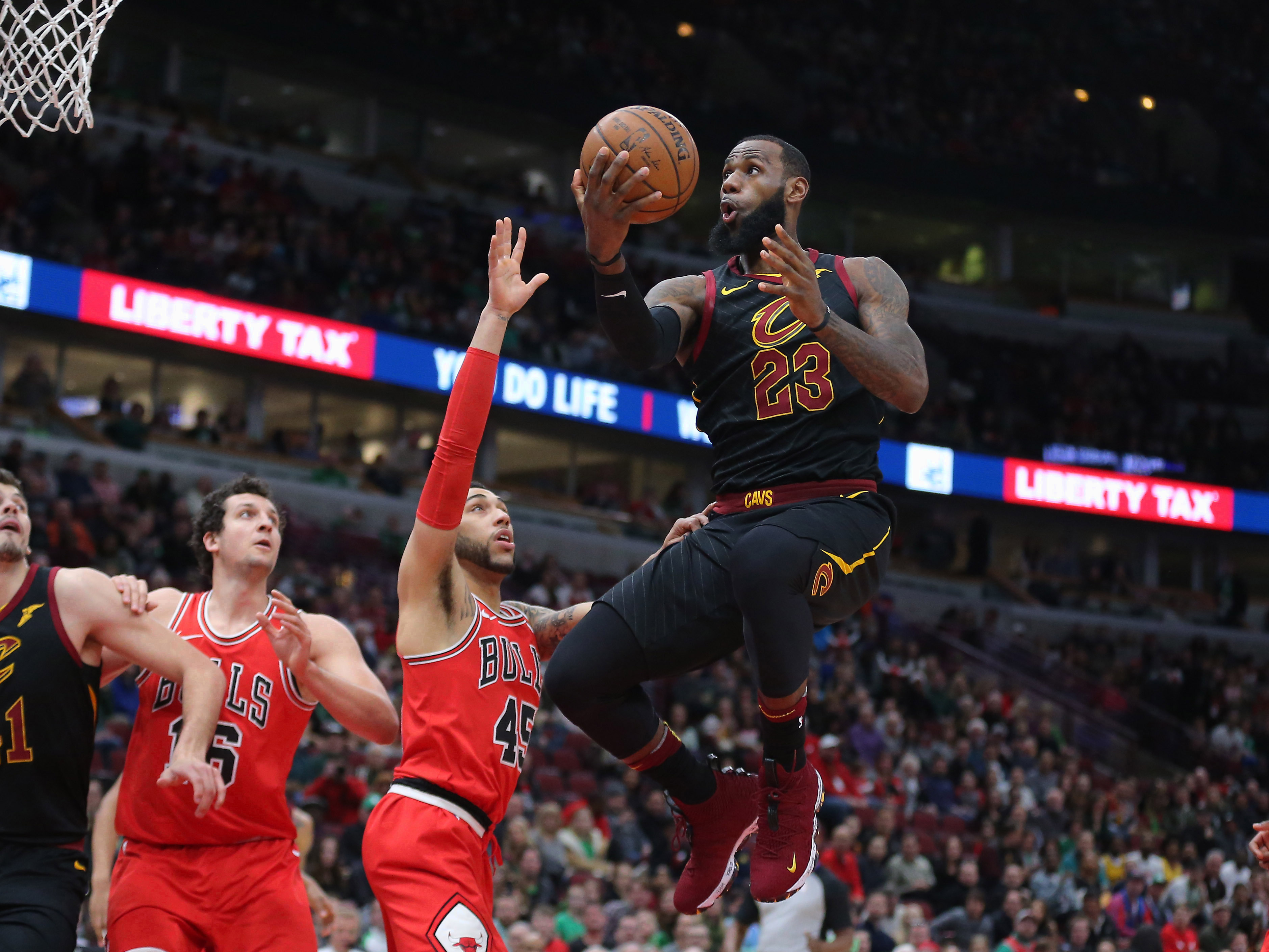 Basket - NBA - Grâce à un LeBron James intenable, Cleveland se rassure