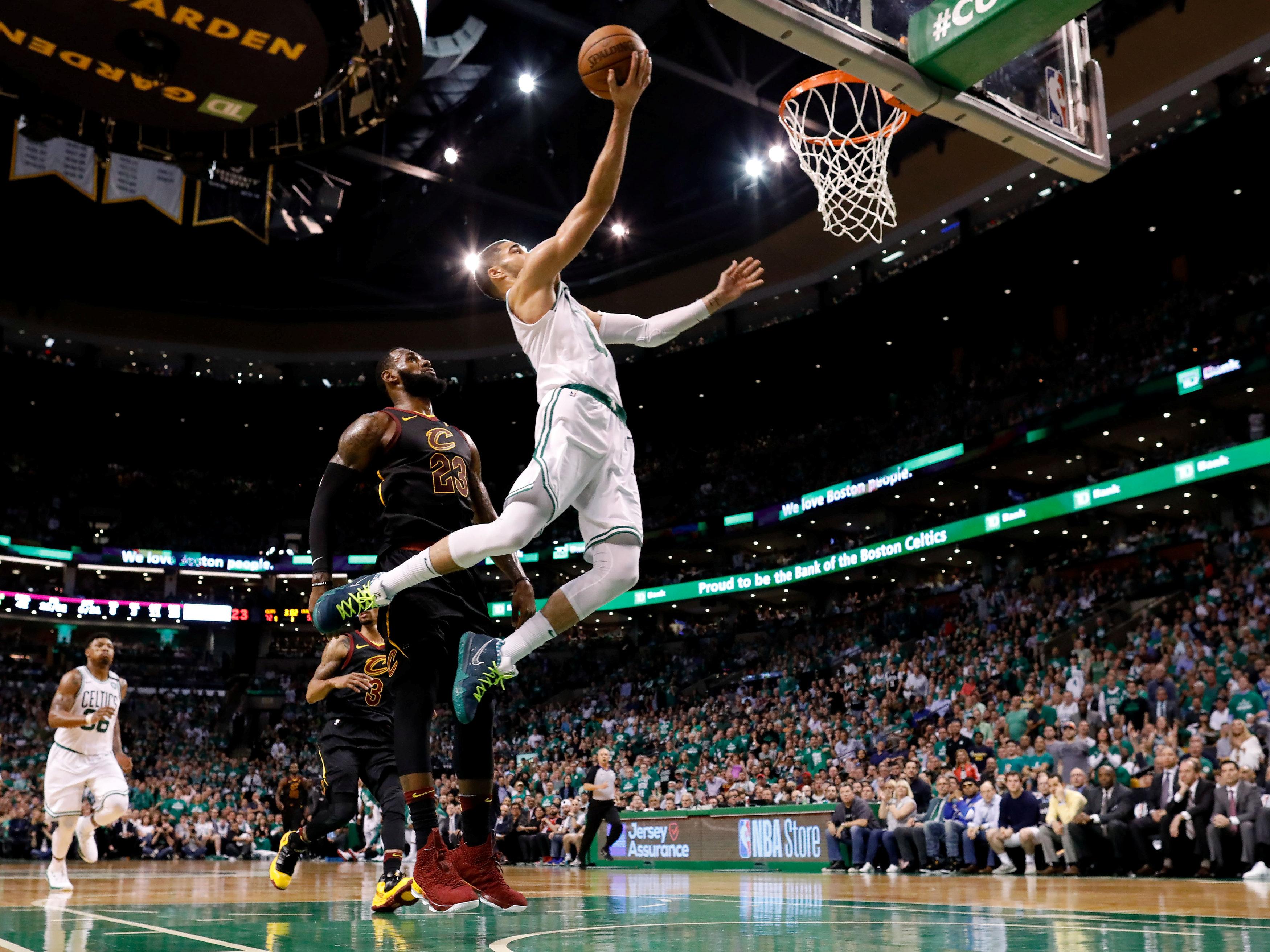 Basket - NBA - Jayson Tatum, «l'autre» rookie qui va très loin