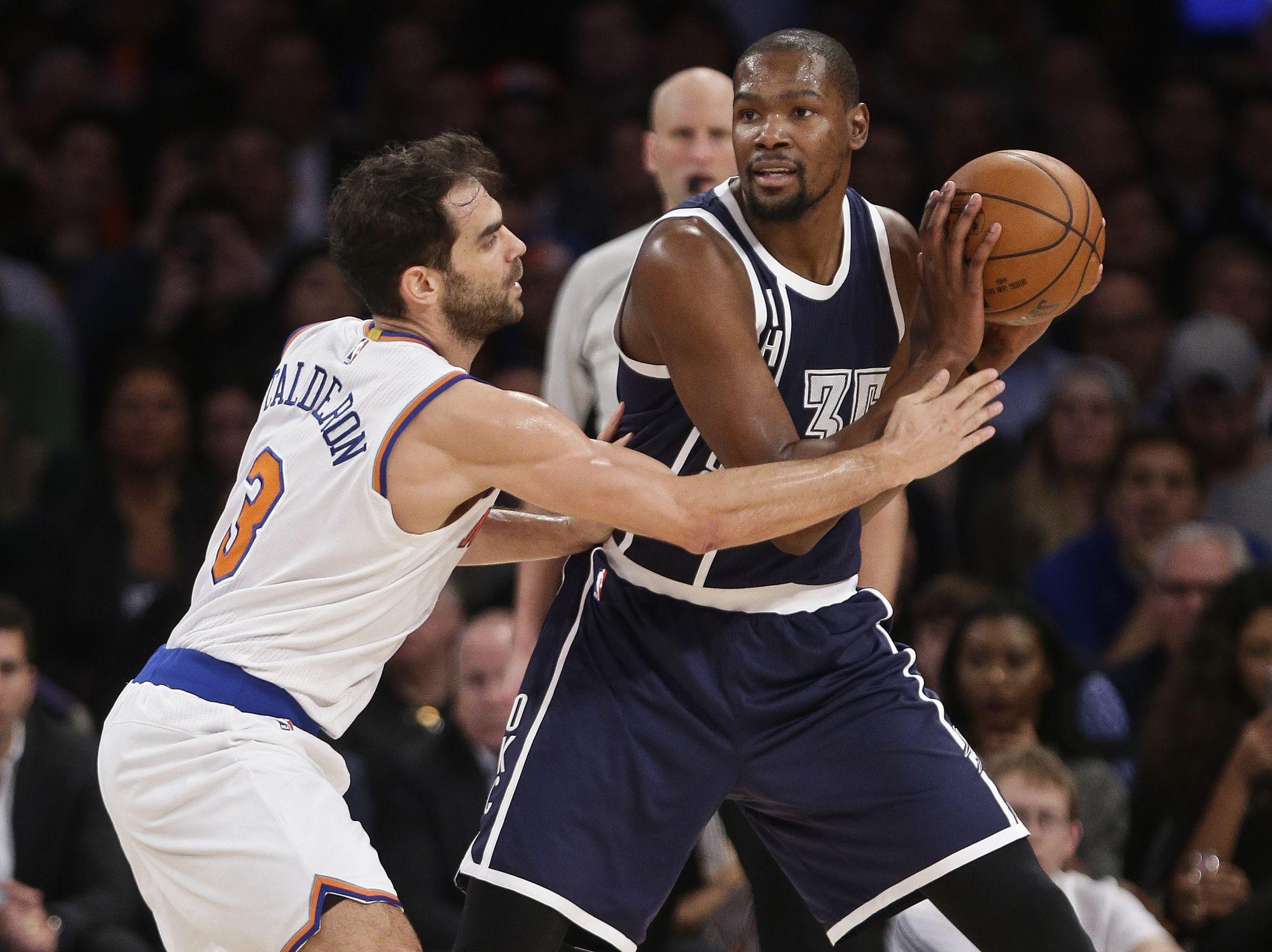 Basket - NBA - Kevin Durant sort le grand jeu sur les planches de New York