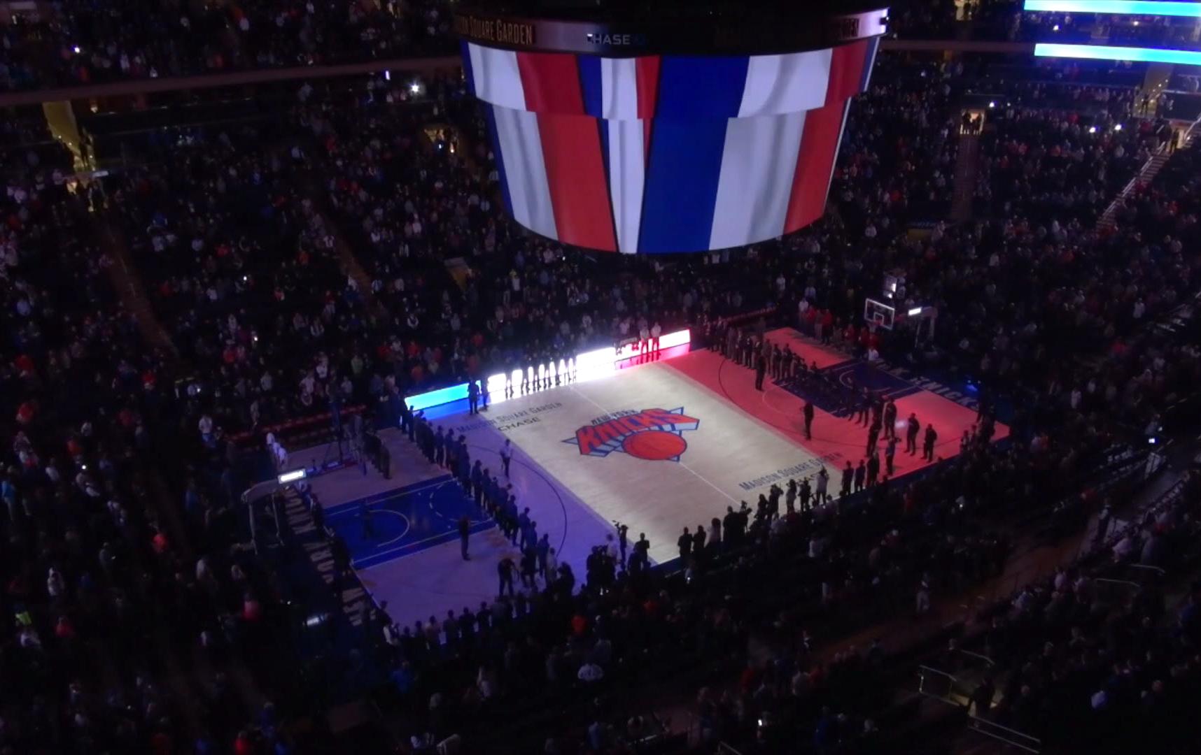 Basket - NBA - La minute de silence et La Marseillaise du Madison Square Garden