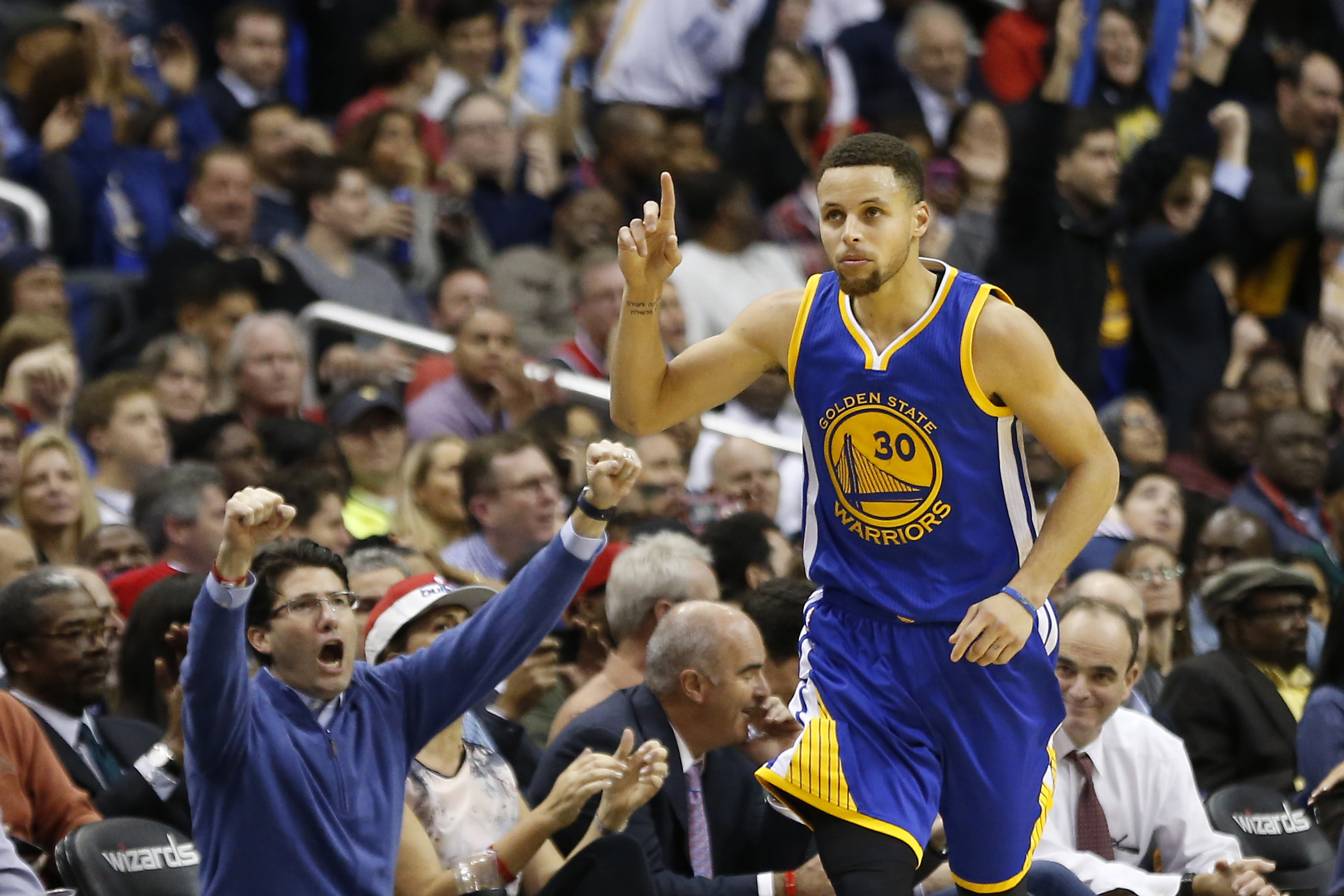 Basket - NBA - Le festival de Stephen Curry