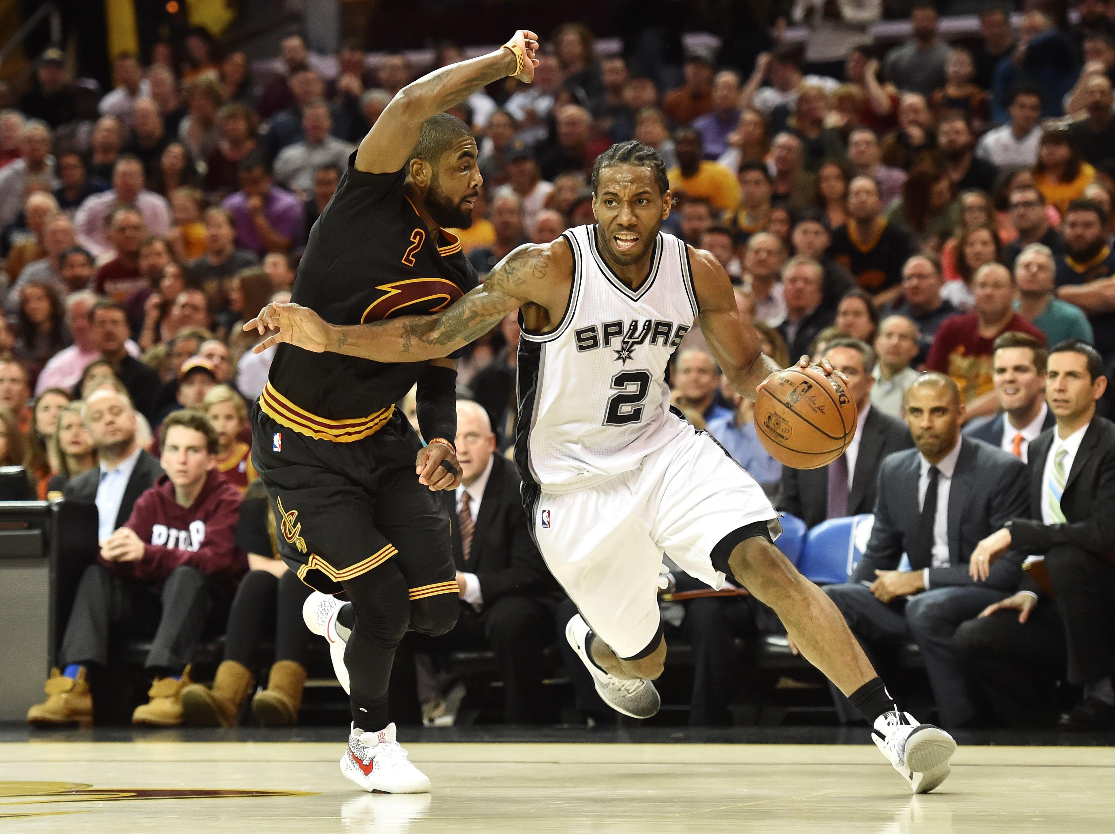 Basket - NBA - Leonard et les Spurs s'imposent à Cleveland, Batum décisif avec Charlotte
