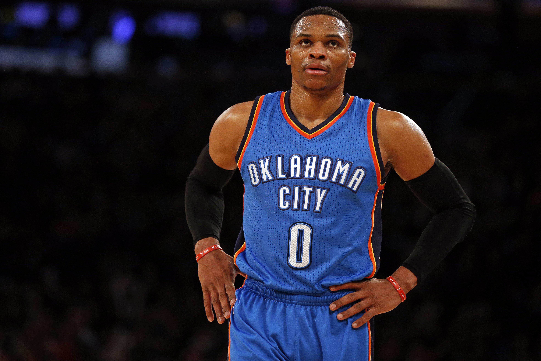 Basket - NBA - Les Spurs roulent, Westbrook voit triple