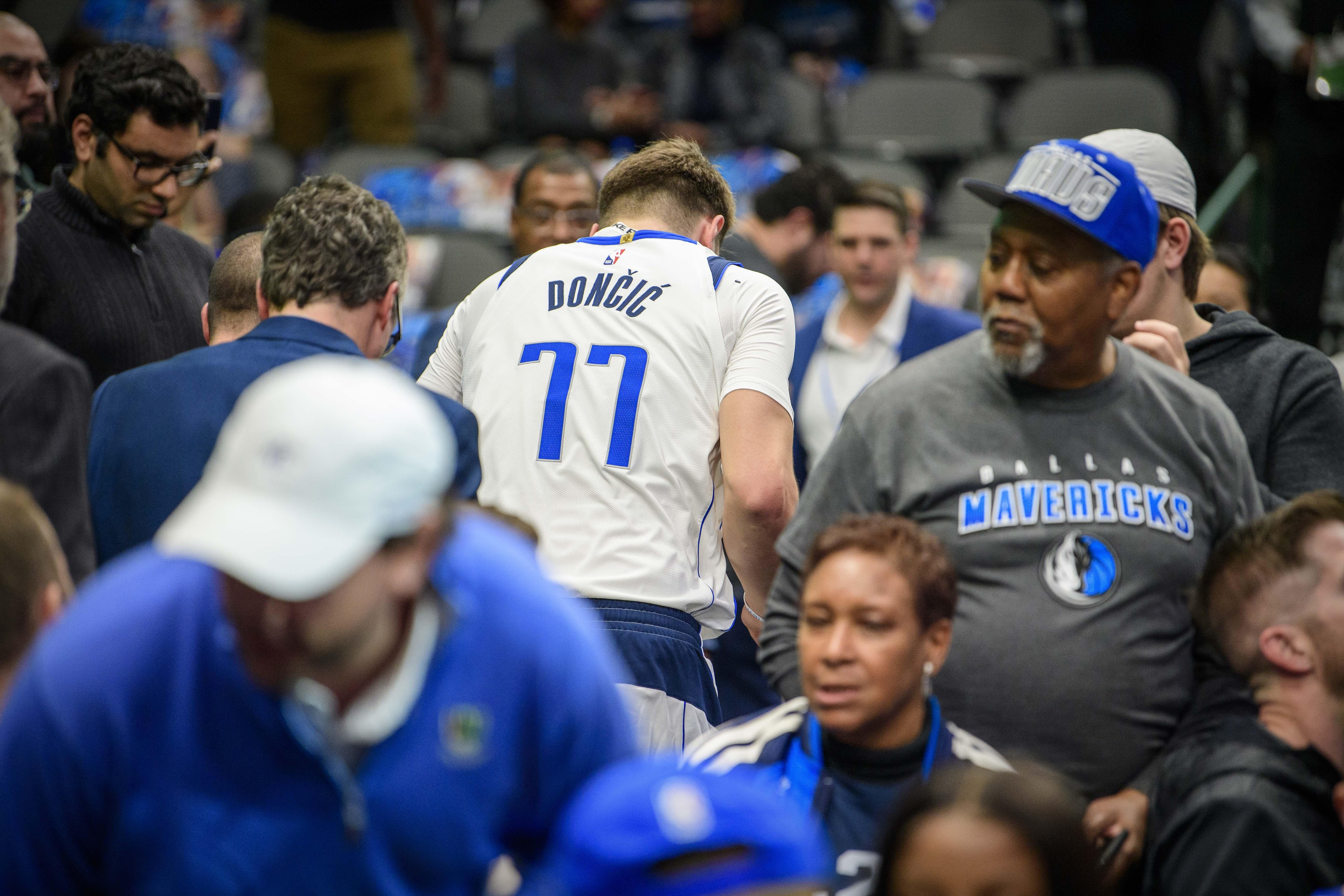 Basket - NBA - Luka Doncic (gravement ?) blessé et tout Dallas tremble