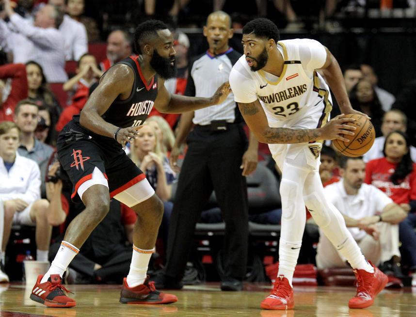 Basket - NBA - New Orleans humilie Houston, débuts réussis pour Kawhi à Toronto