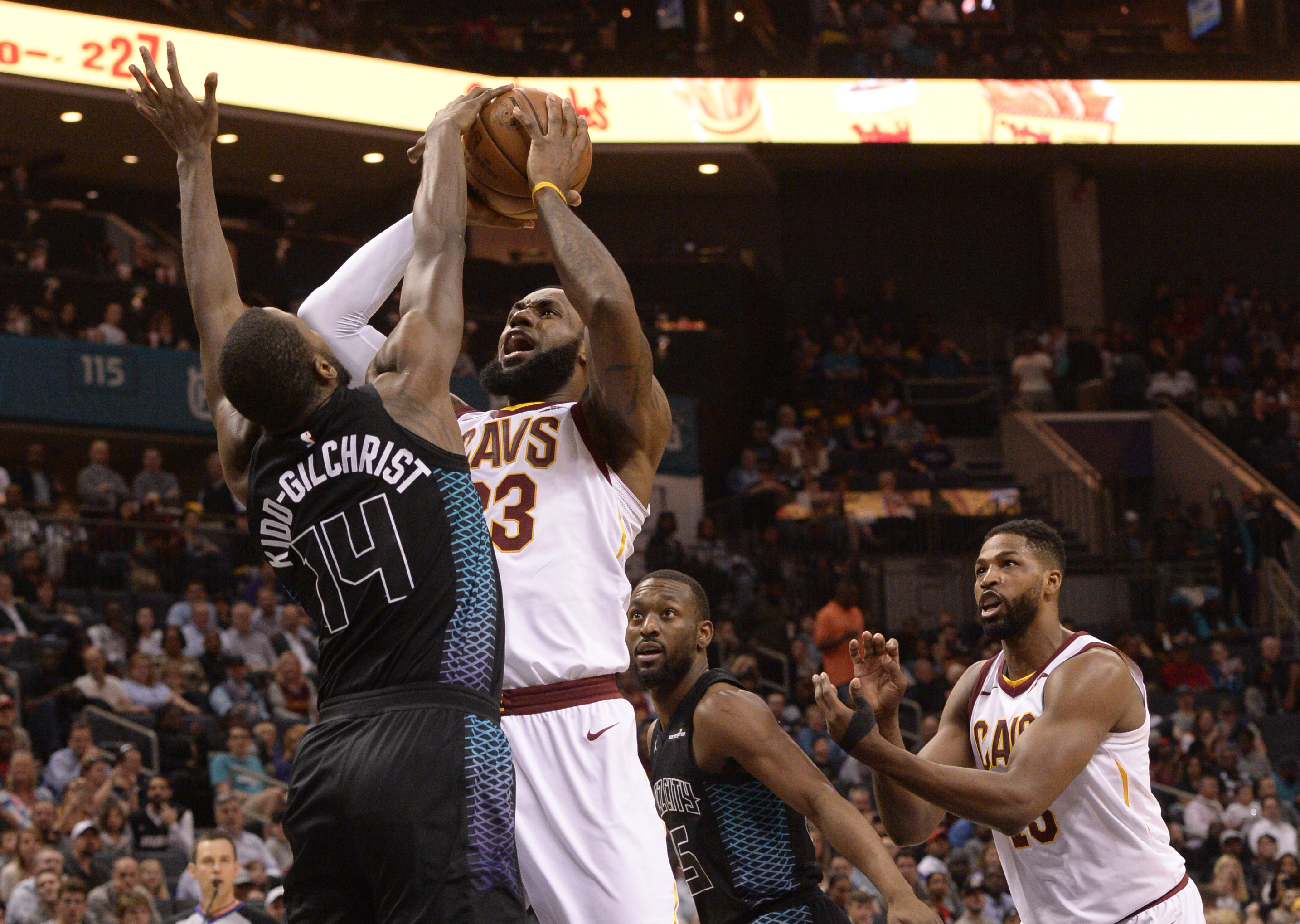 acheter en ligne 60bd4 88009 On n'arrête (vraiment) plus LeBron James… - NBA - Basket