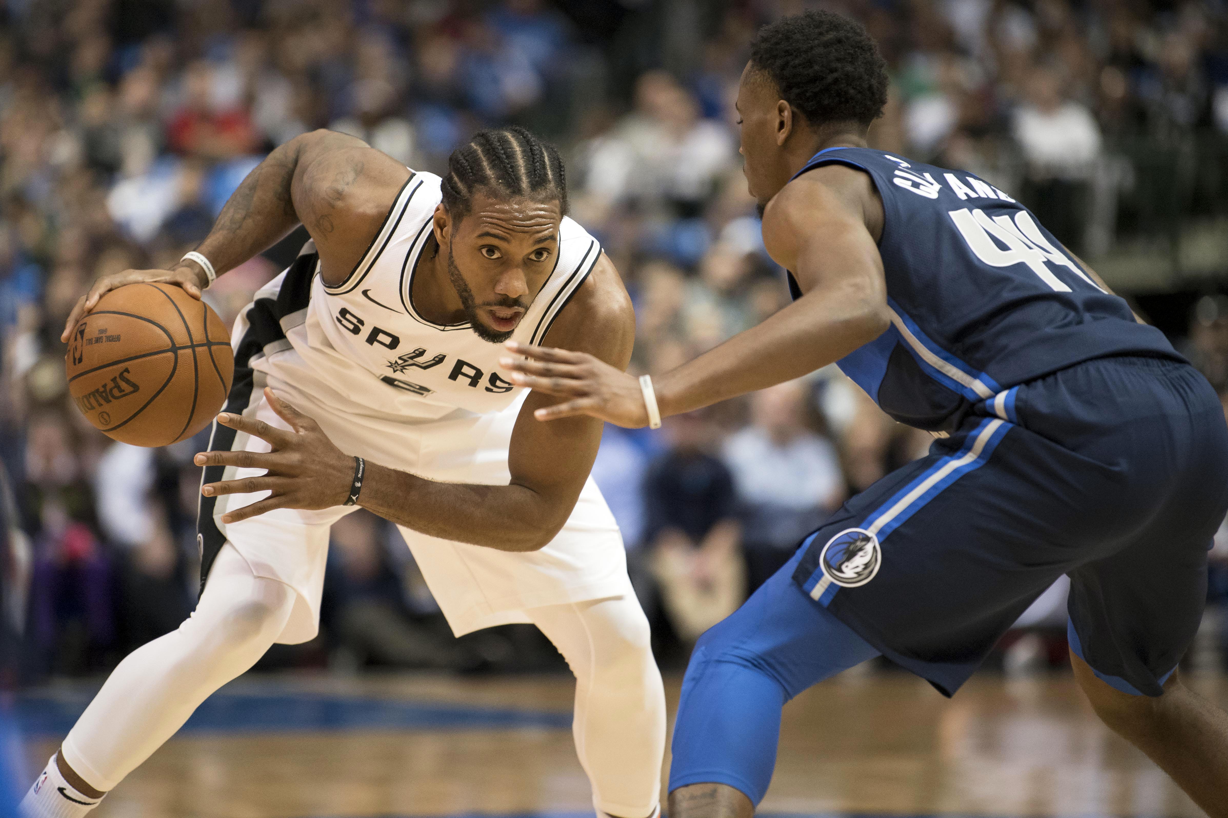 Basket - NBA - Retour perdant pour Leonard avec les Spurs, James régale avec les Cavs