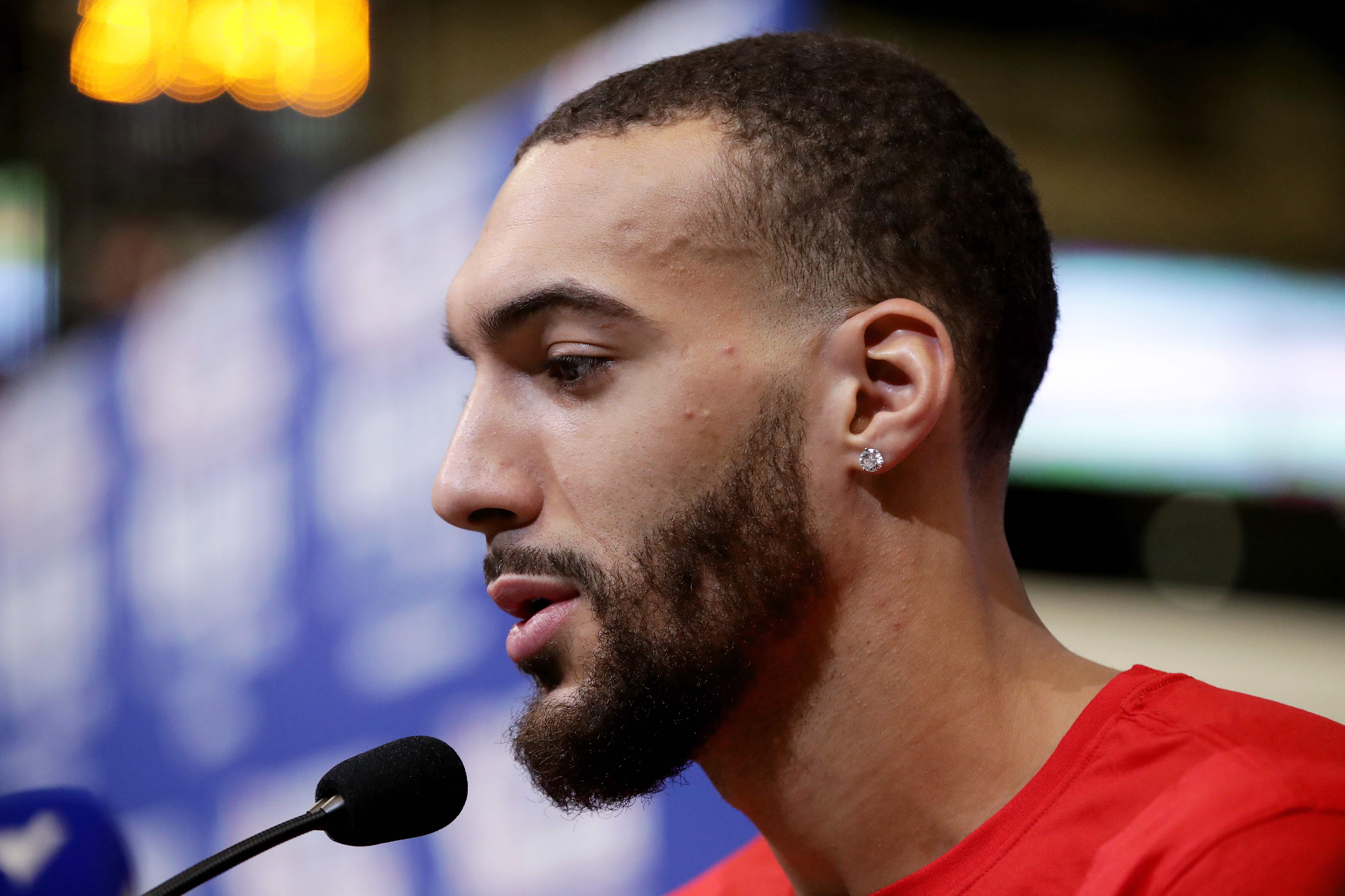 Basket - NBA - Rudy Gobert fait un don de 100.000 euros au Secours populaire