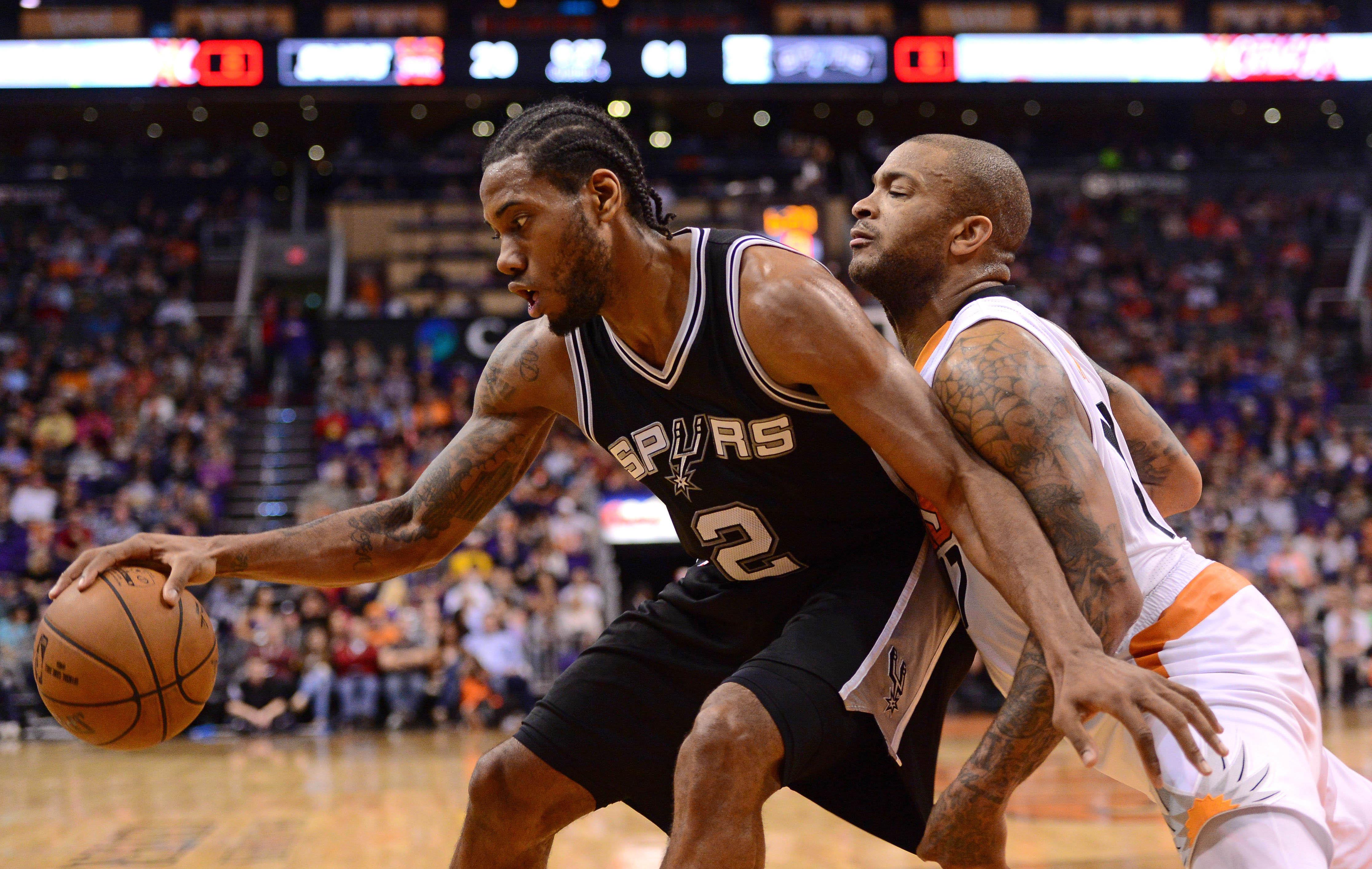 Basket - NBA - San Antonio r�duit Phoenix au silence