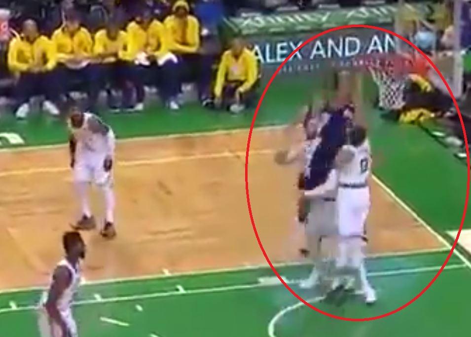 Basket - NBA - Top 10 : Trey Lyles sans pitié pour Jayson Tatum