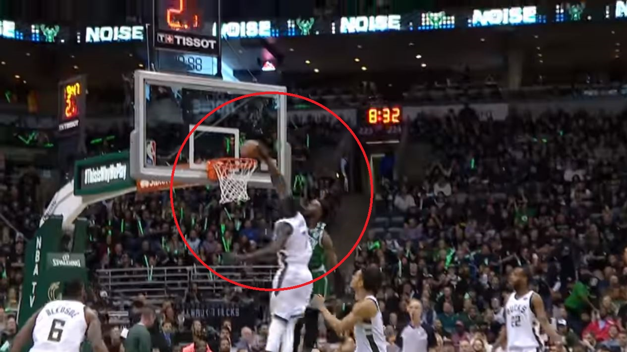Basket - NBA - Top 5 : Thon Maker ferme l'accès au cercle à Jaylen Brown