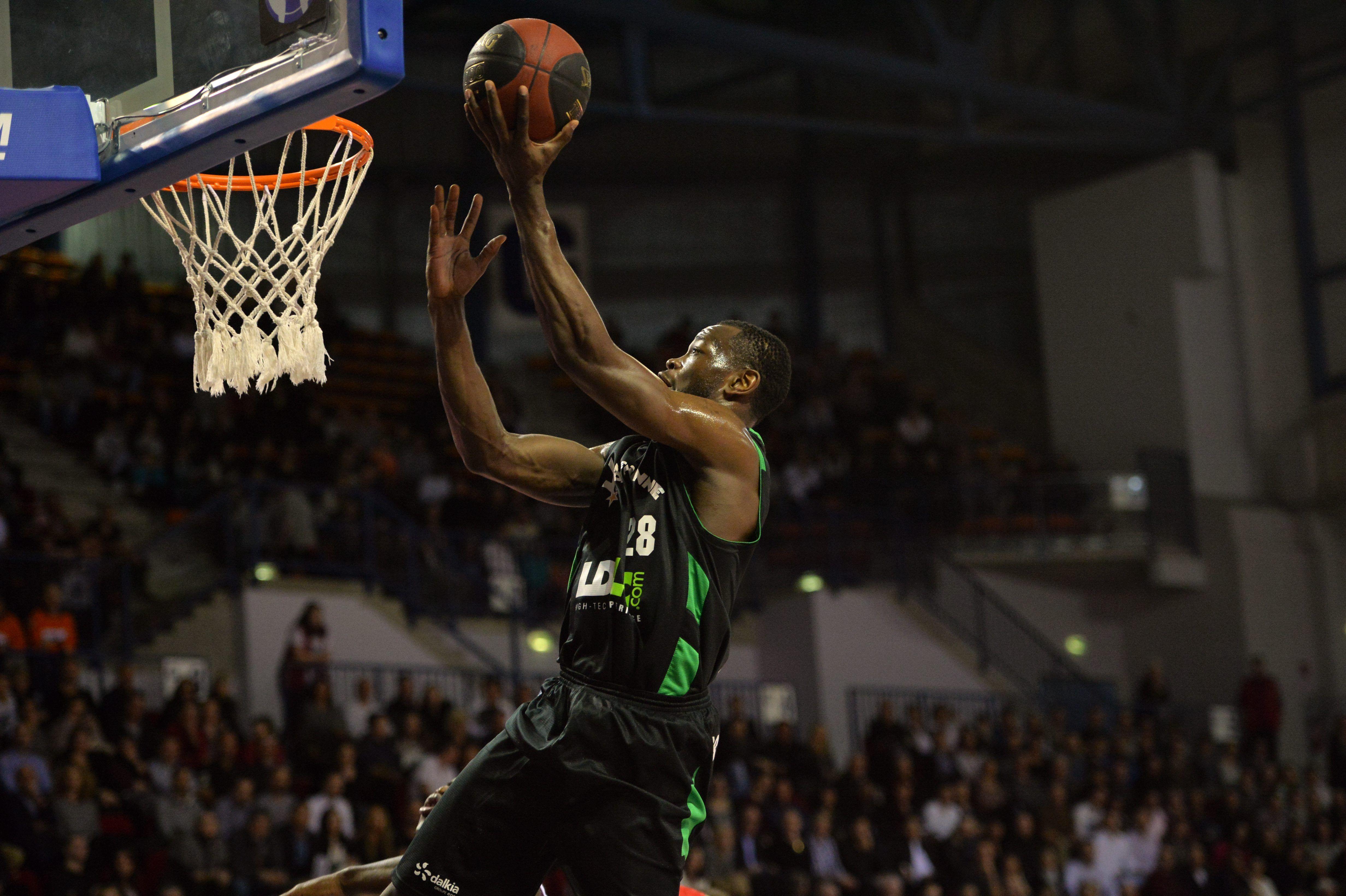 Basket - Pro A - �a plane pour Lyon-Villeurbanne !