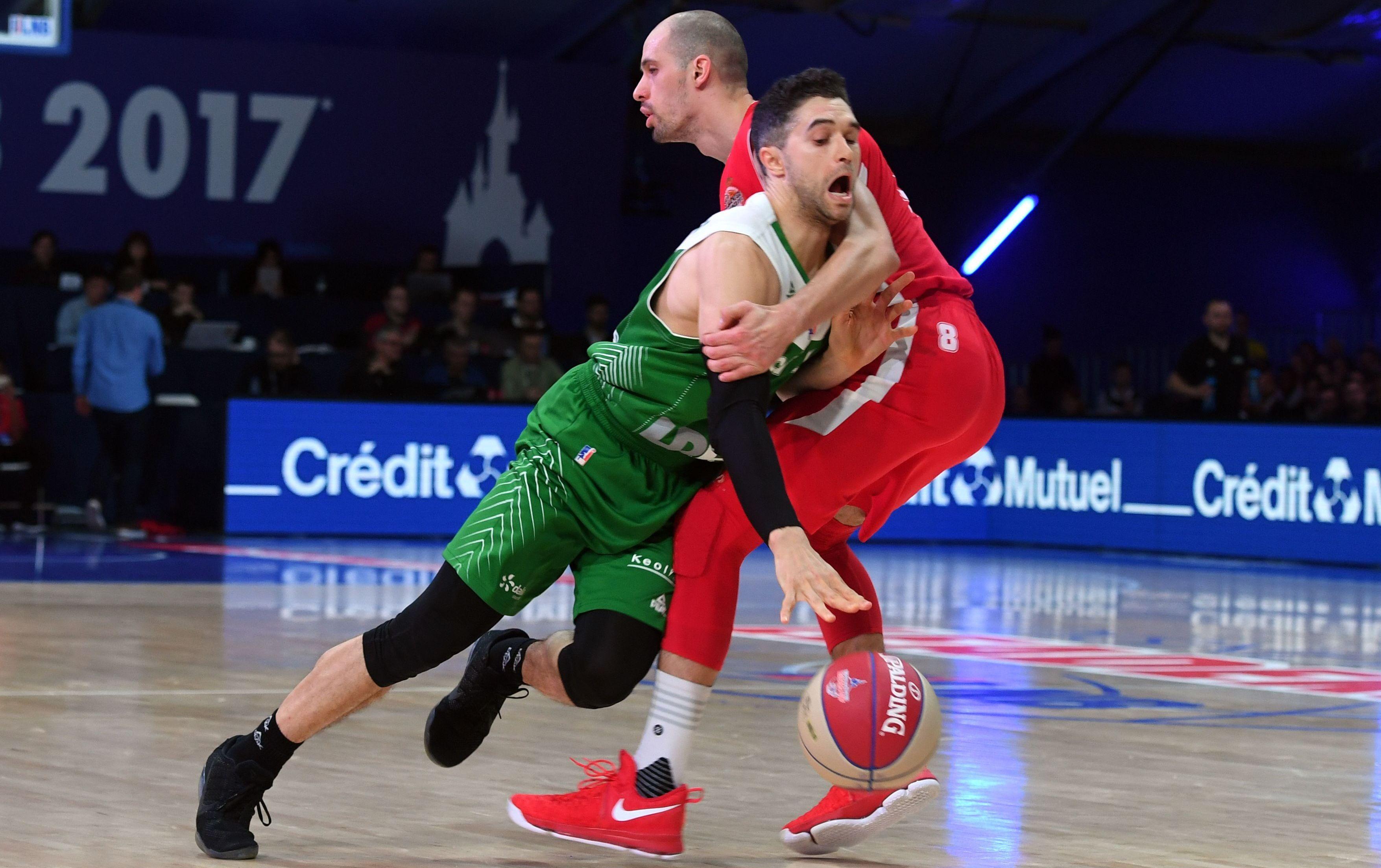 Basket - Pro A - Monaco : A Disney, c'est Gladyr qui a enfilé le costume du héros