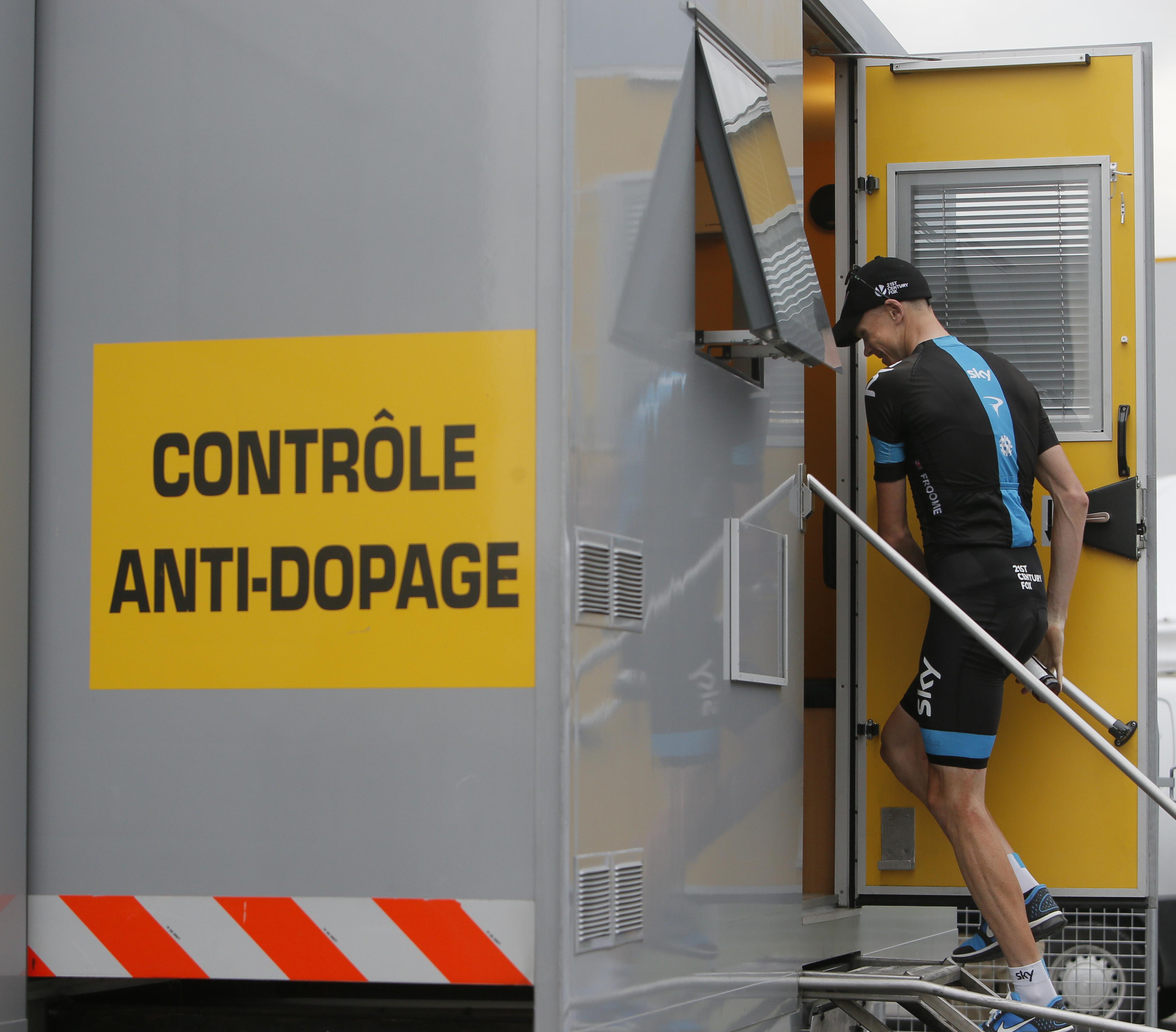 Cyclisme - Pourquoi Froome n'est pas suspendu après son contrôle positif ?
