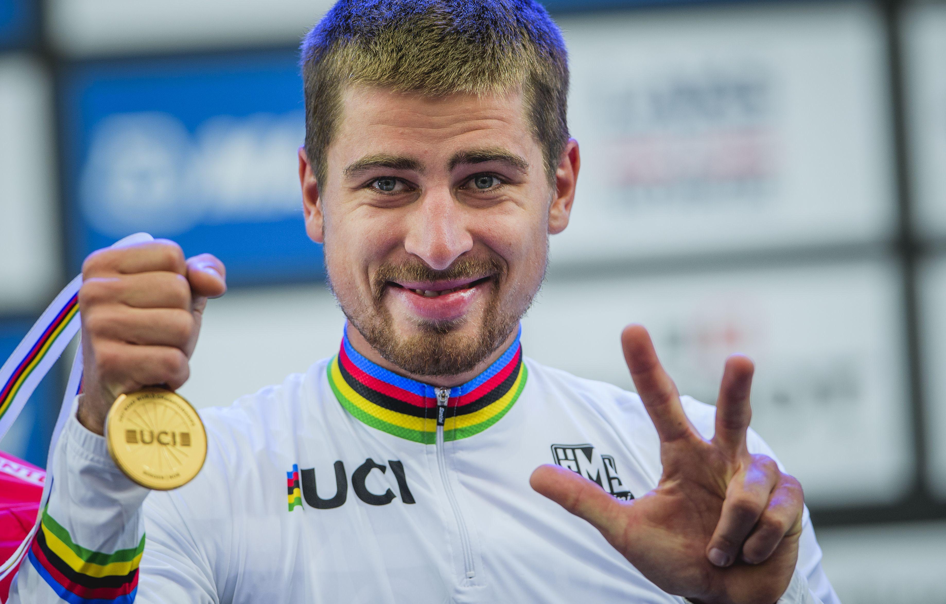 Cyclisme - Travolta, Tinkof, carton rouge : 5 choses à savoir sur Peter Sagan