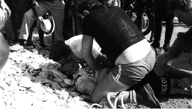 Cyclisme - Tour de France - 13 juillet 1967: Tom Simpson, la mort en direct