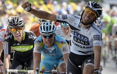 http://www.sport24.com/var/plain_site/storage/images/cyclisme/tour-de-france/actualites/ce-qu-il-faut-retenir-488266/8254076-1-fre-FR/Ce-qu-il-faut-retenir_actus.jpg