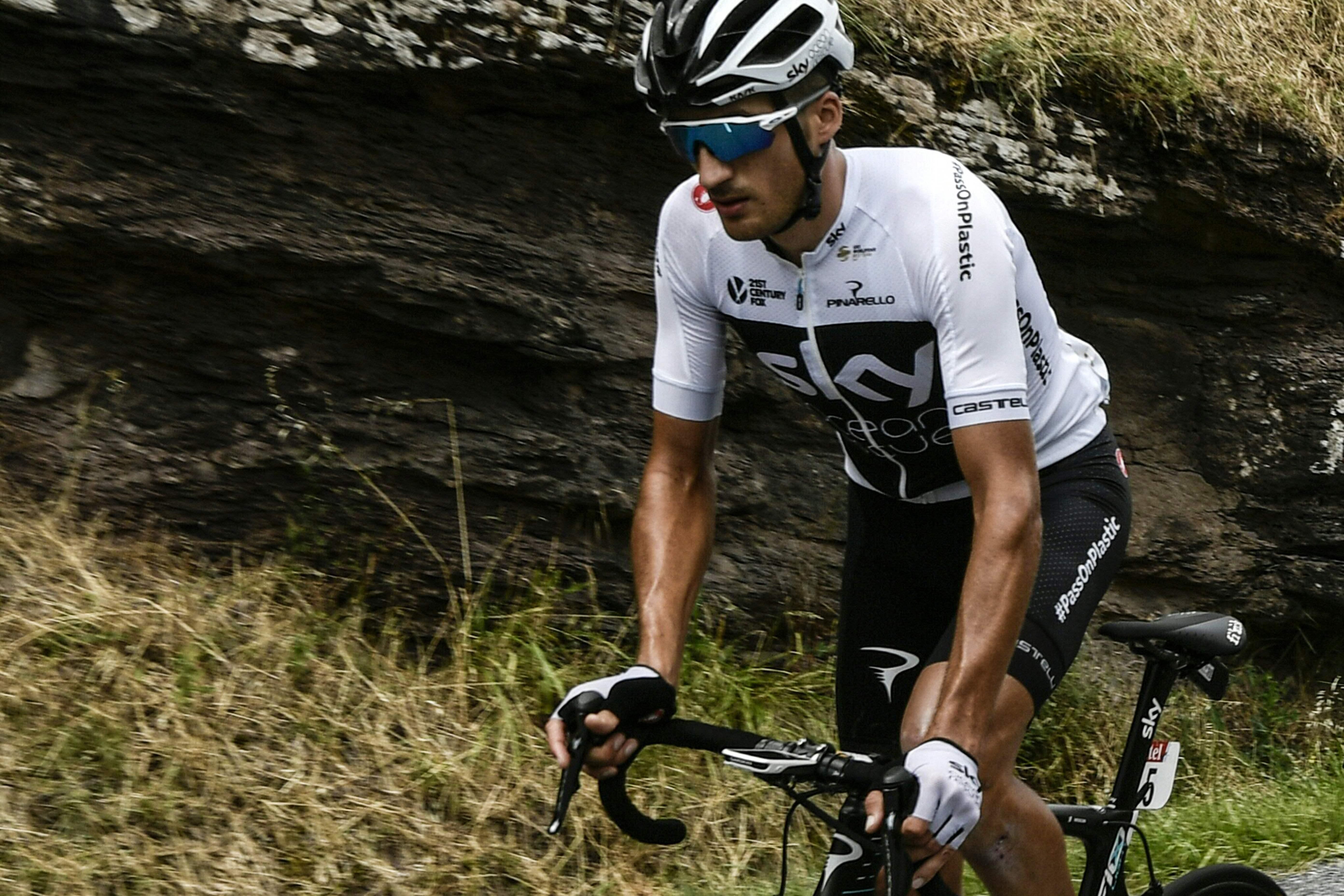 Cyclisme -  Tour de France - Moscon le boxeur exclu du Tour, Sky perd un élément