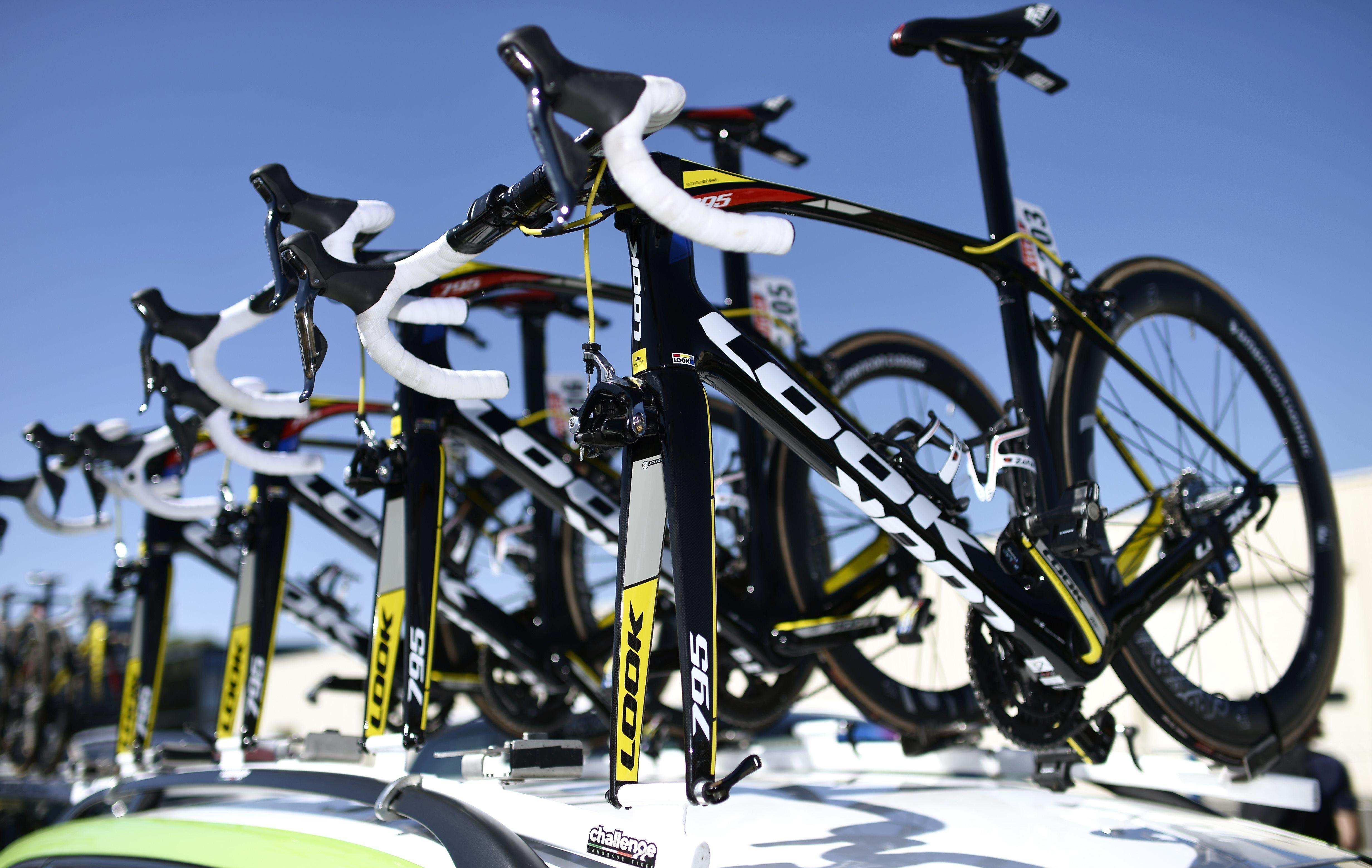 v los motoris s le nouveau dopage qui inqui te tour de france cyclisme. Black Bedroom Furniture Sets. Home Design Ideas