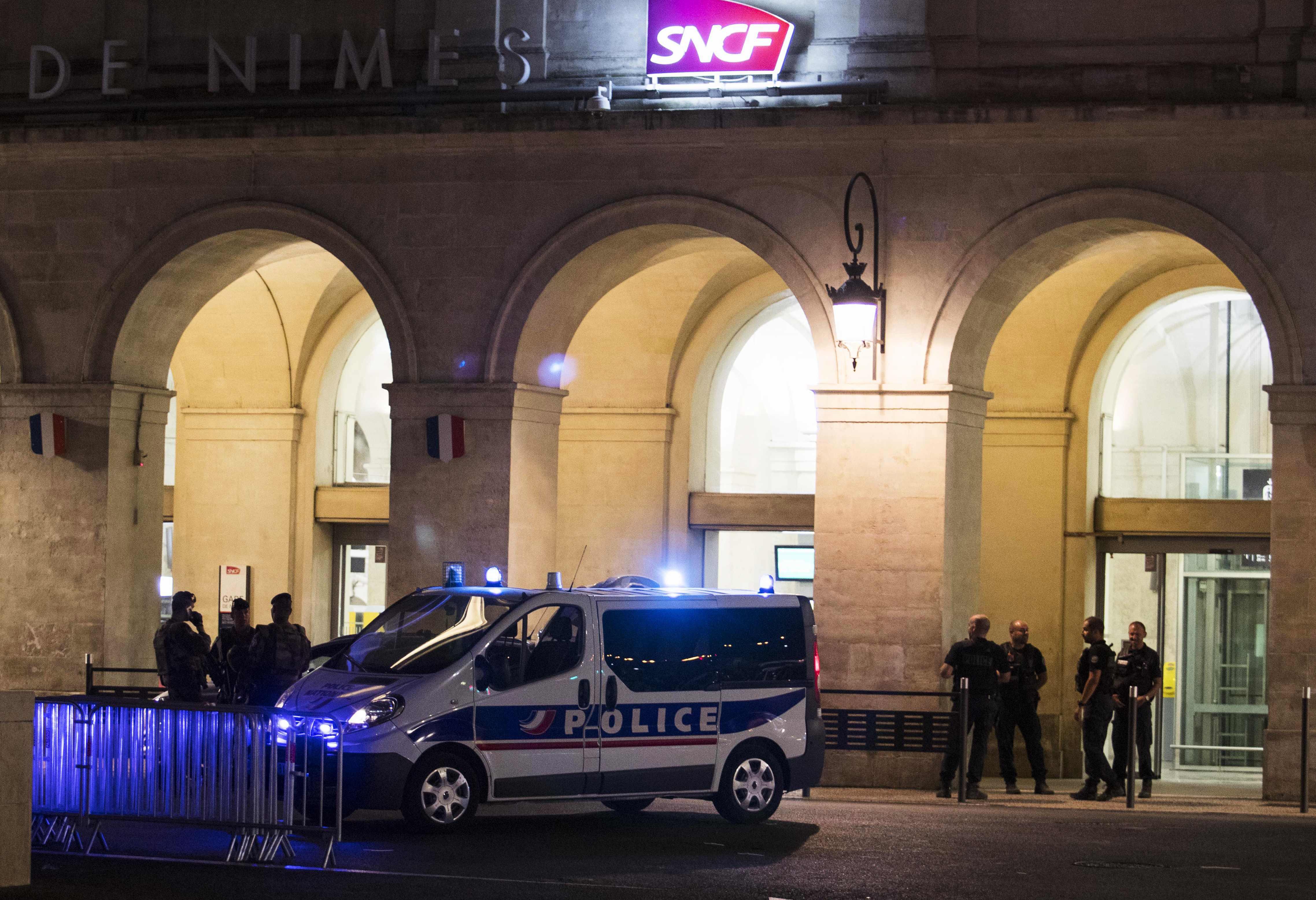 Cyclisme - Vuelta - Vuelta : la gare de Nîmes évacuée en urgence