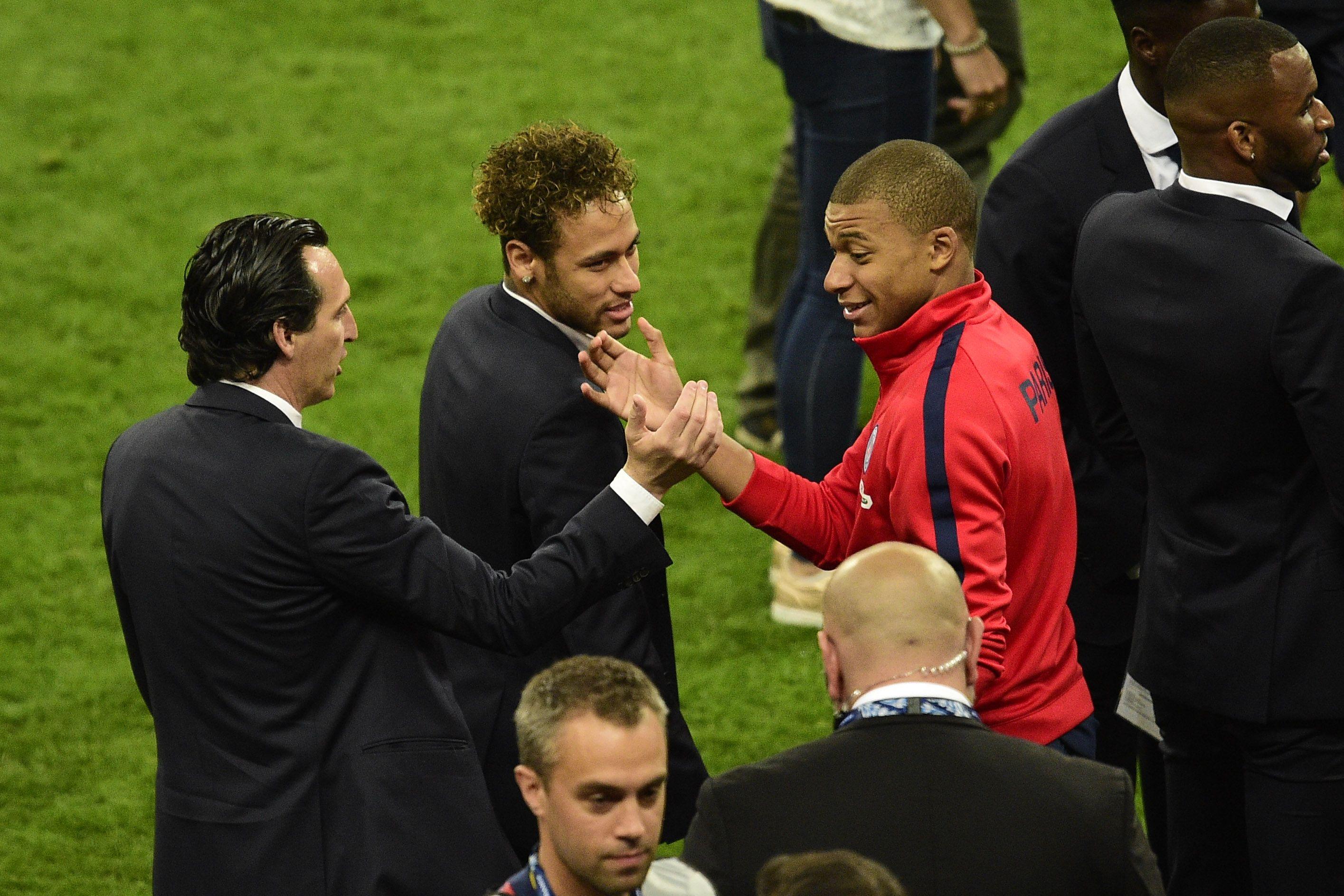 Football - Emery estime qu'il faut «donner du temps» à Neymar et Mbappé