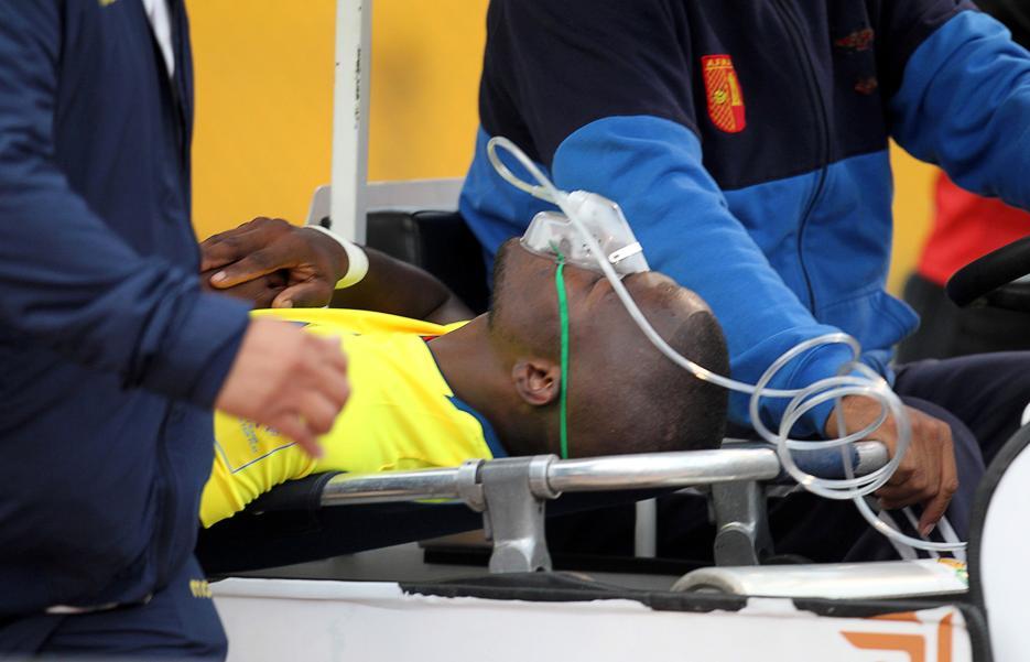 Football - Enner Valencia simule une blessure pour échapper à la police