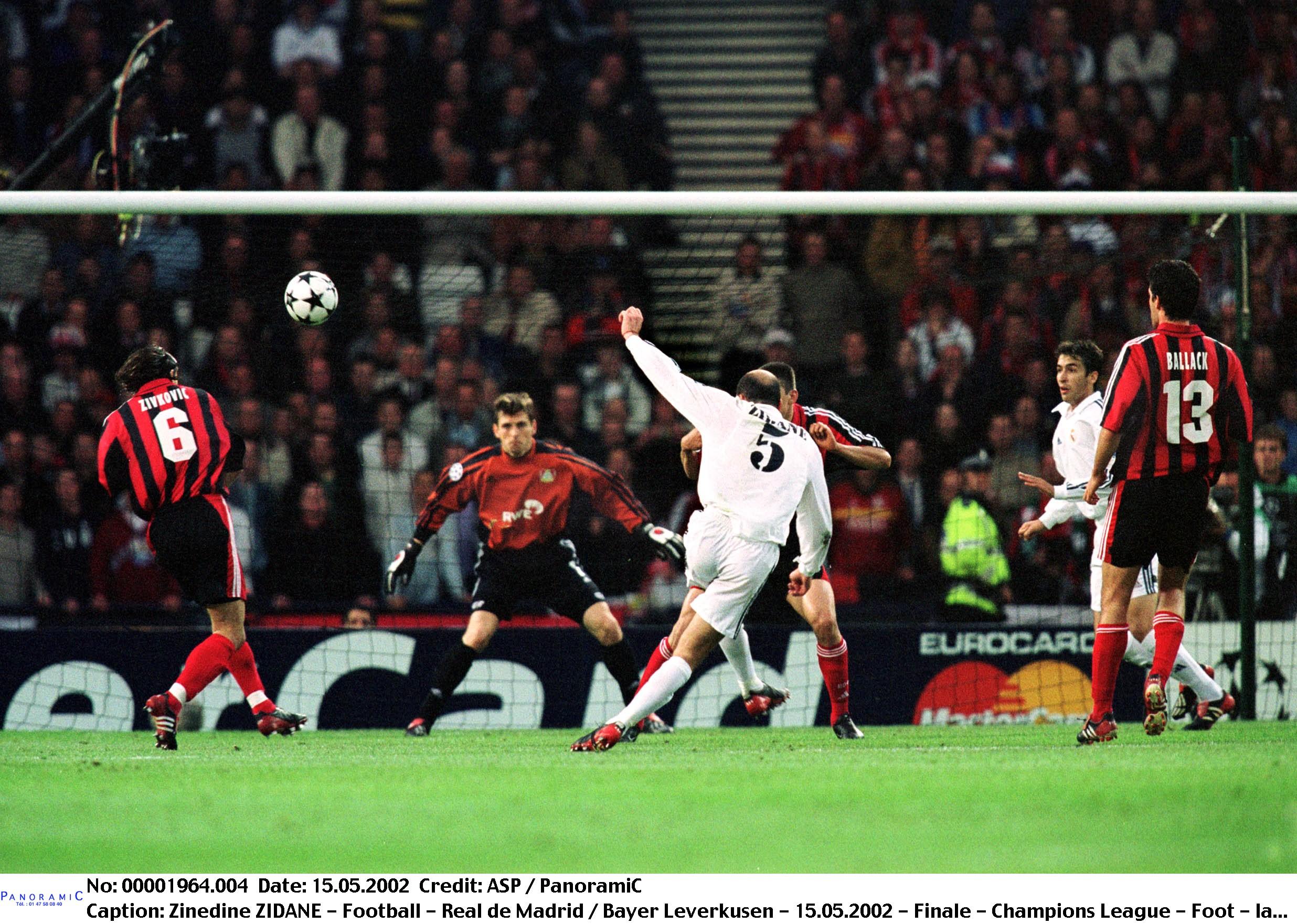 Football - Foot nostalgie : la volée de Zidane en finale de Ligue des champions 2002