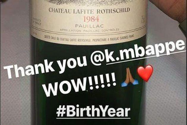 Football - Kylian Mbappé a offert une prestigieuse bouteille de vin à LeBron James