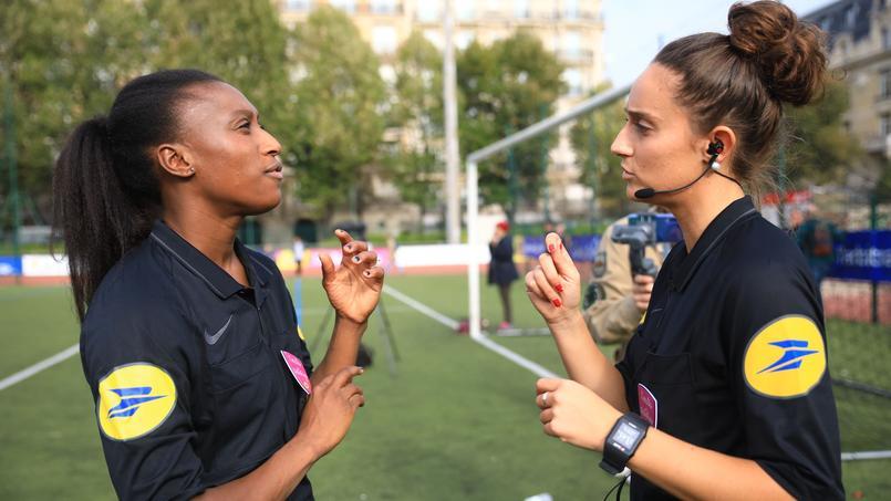 Football - L'arbitrage féminin, des ambitions plutôt que des questions