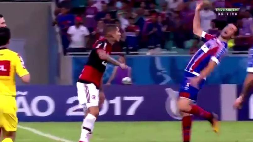 Football -  La simulation la plus ridicule de l'année au Brésil