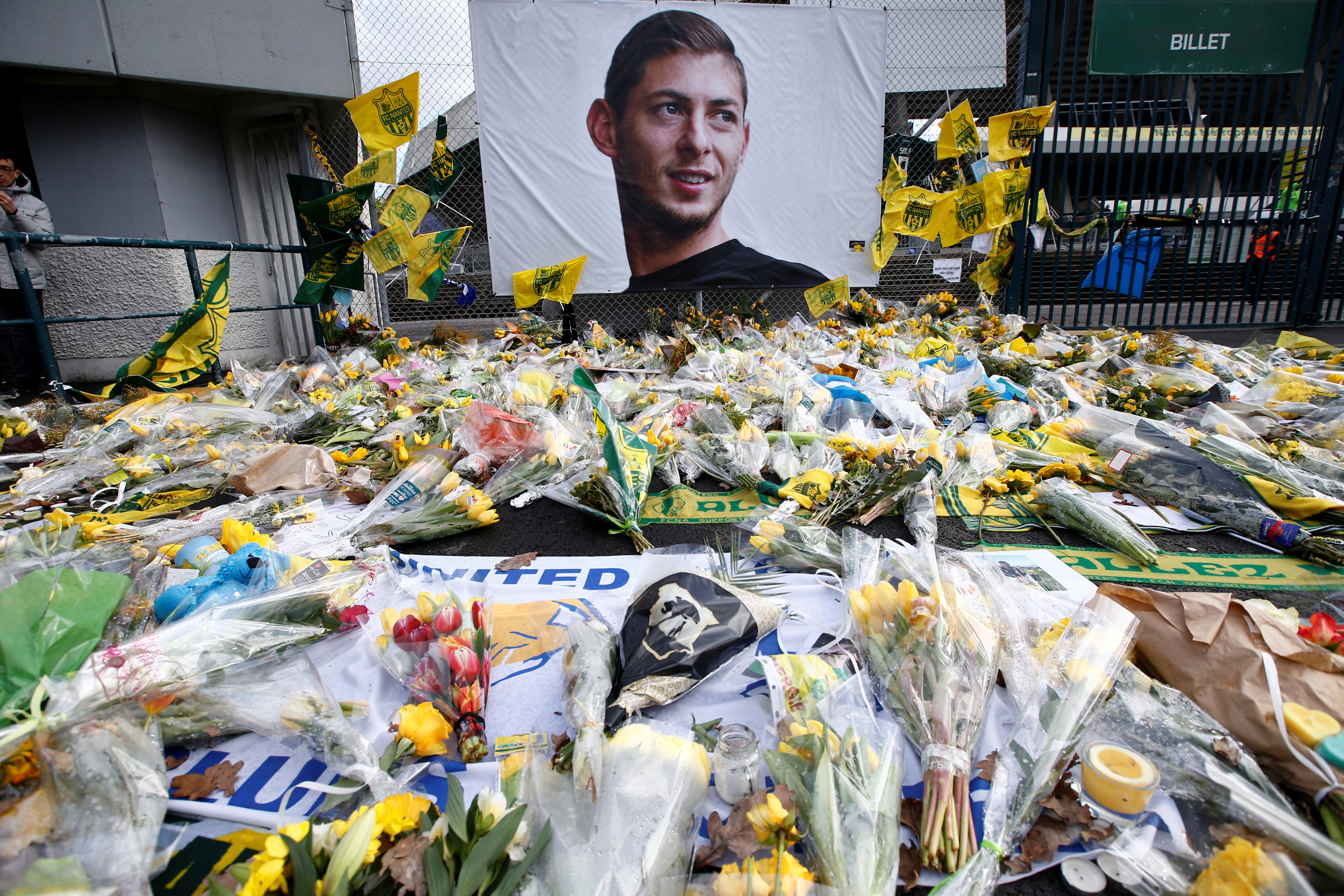Football - Mort d'Emiliano Sala: un homme arrêté pour homicide involontaire