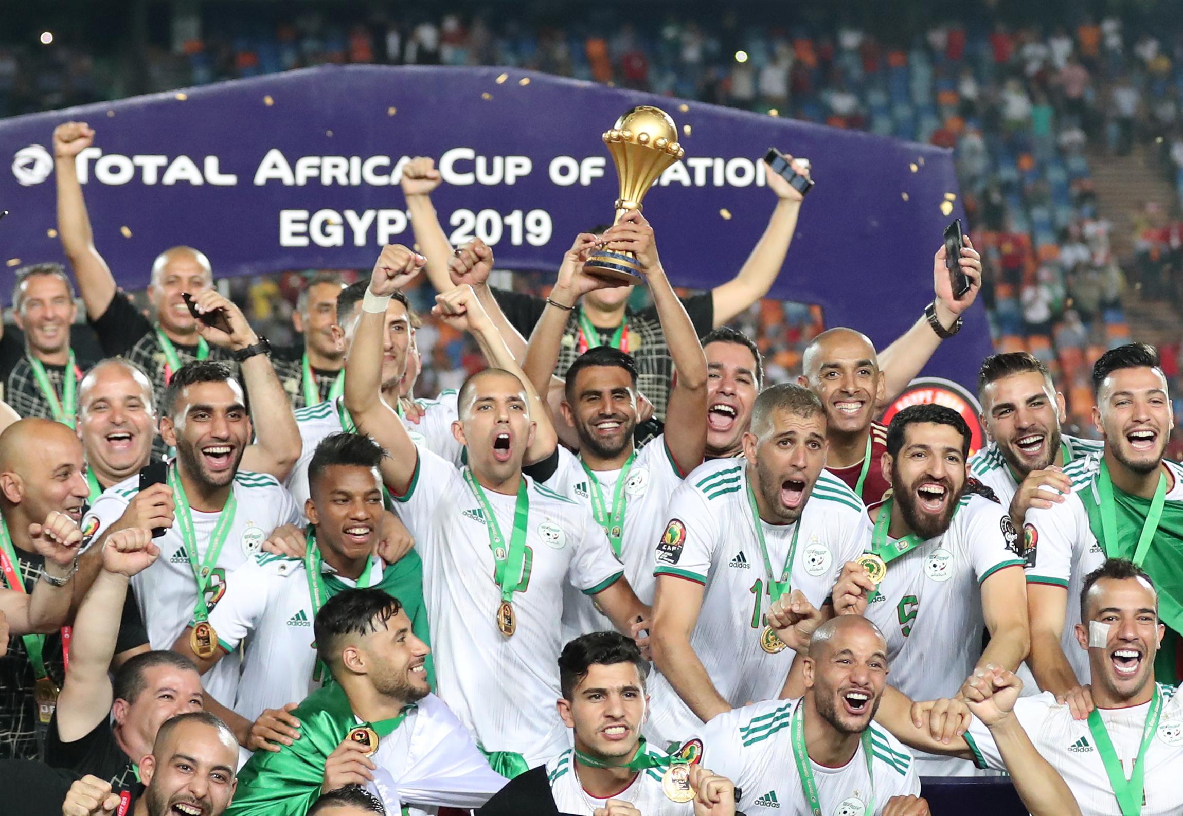 Football - CAN - CAN 2019 : Les Algériens Mahrez et Delort répondent à Robert Ménard