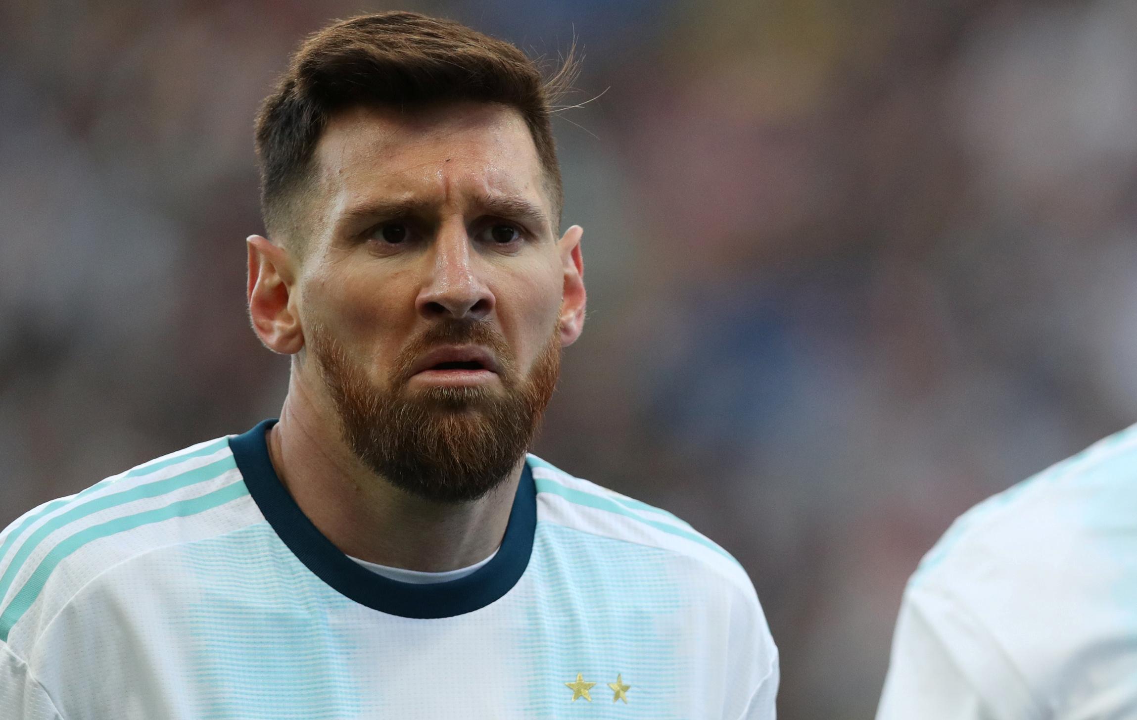Expulsé face au Chili, Messi accuse la Conmebol de corruption ...
