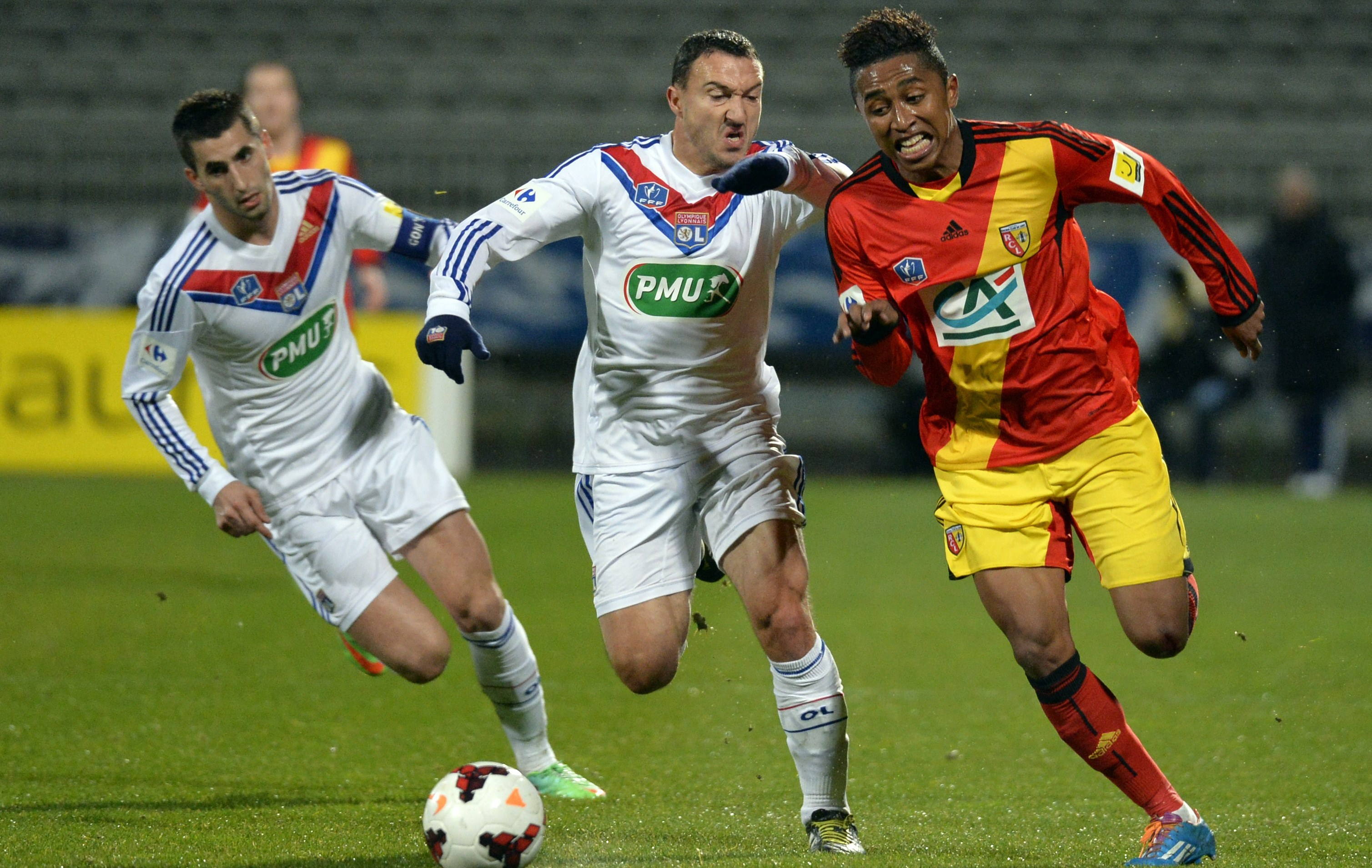 Lens s offre lyon et rejoint monaco coupe de france football - Football coupe de france ...