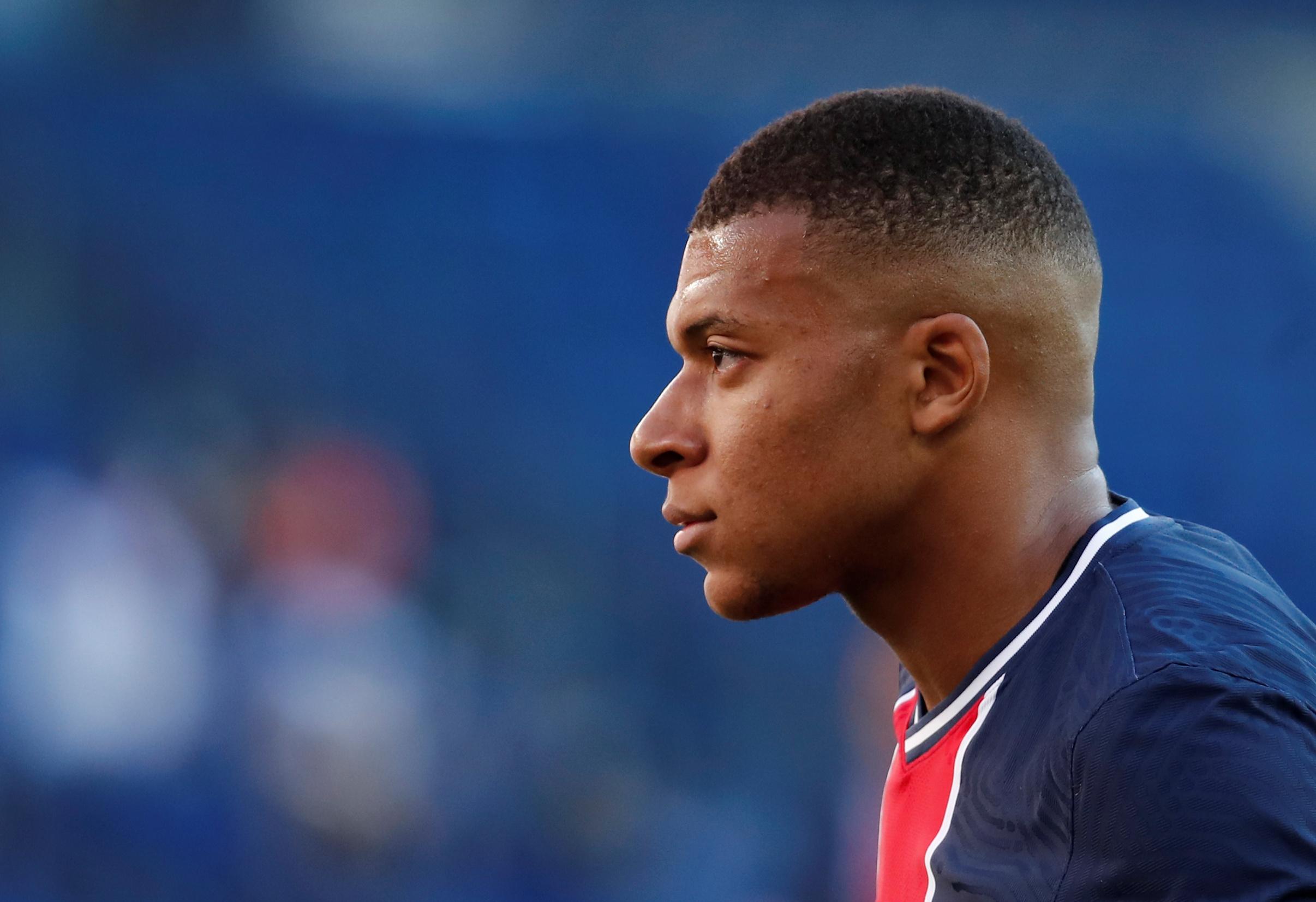 Football - Coupe de France - Paris SG-Saint-Etienne : 5 questions sur une finale (très) singulière