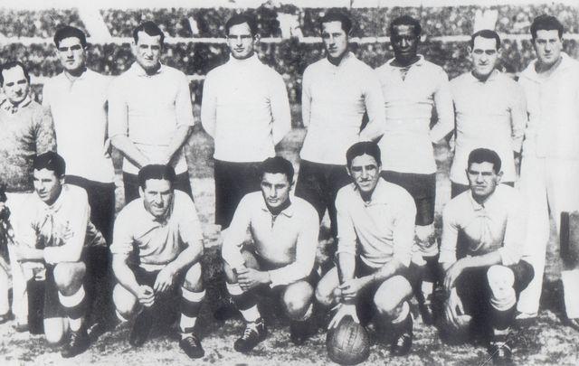 20 juin 1930 l 39 av nement de la coupe du monde journal du mondial coupe du monde 2010 - Theatre de la coupe d or ...