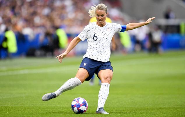 Football - Coupe du monde féminine - Coupe du monde féminine 2019 : Amandine Henry, l'Américaine des Bleues