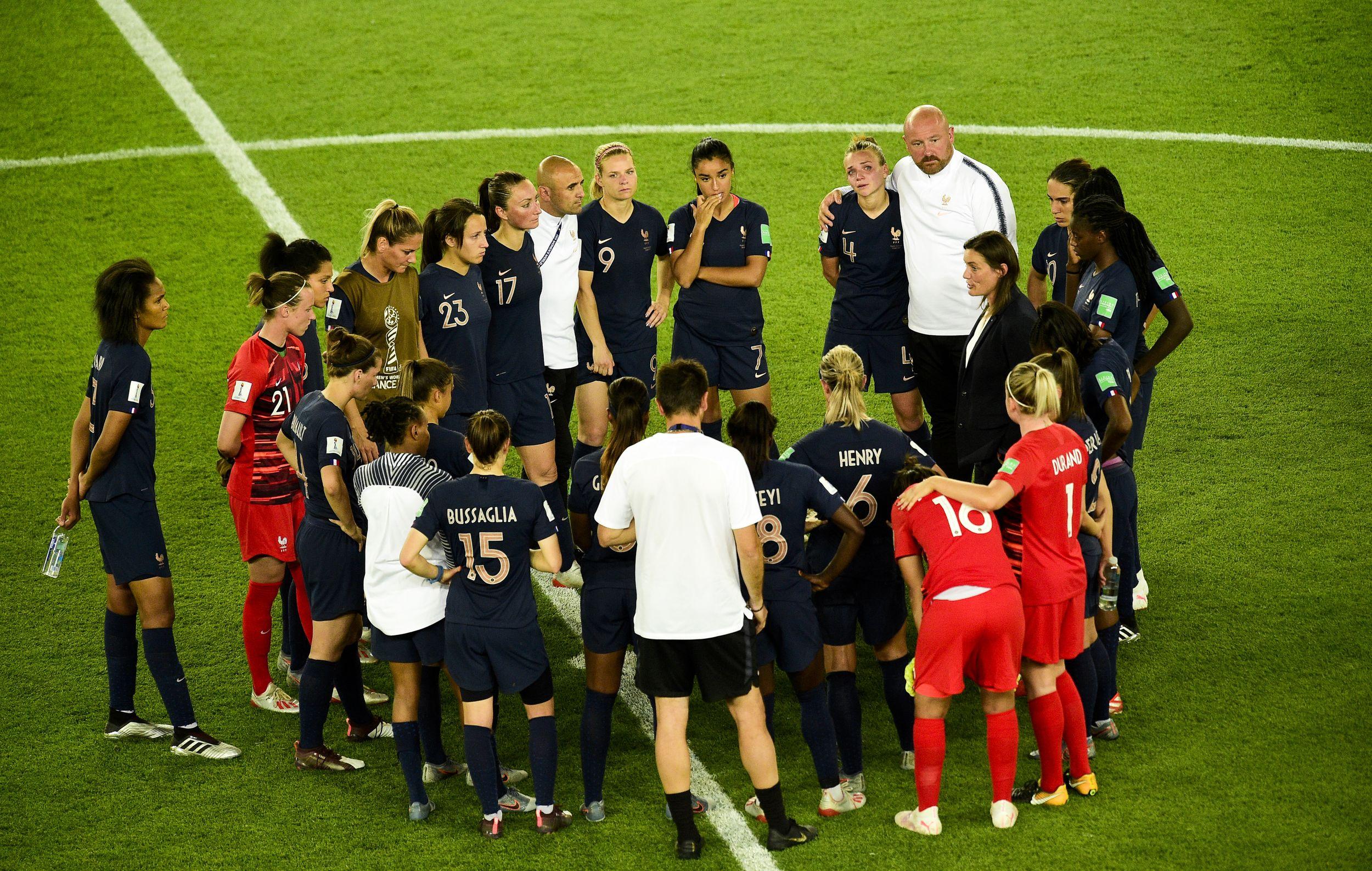 Football - Coupe du monde féminine - Diacre après l'échec des Bleues : «Je ne suis pas du genre à renoncer»
