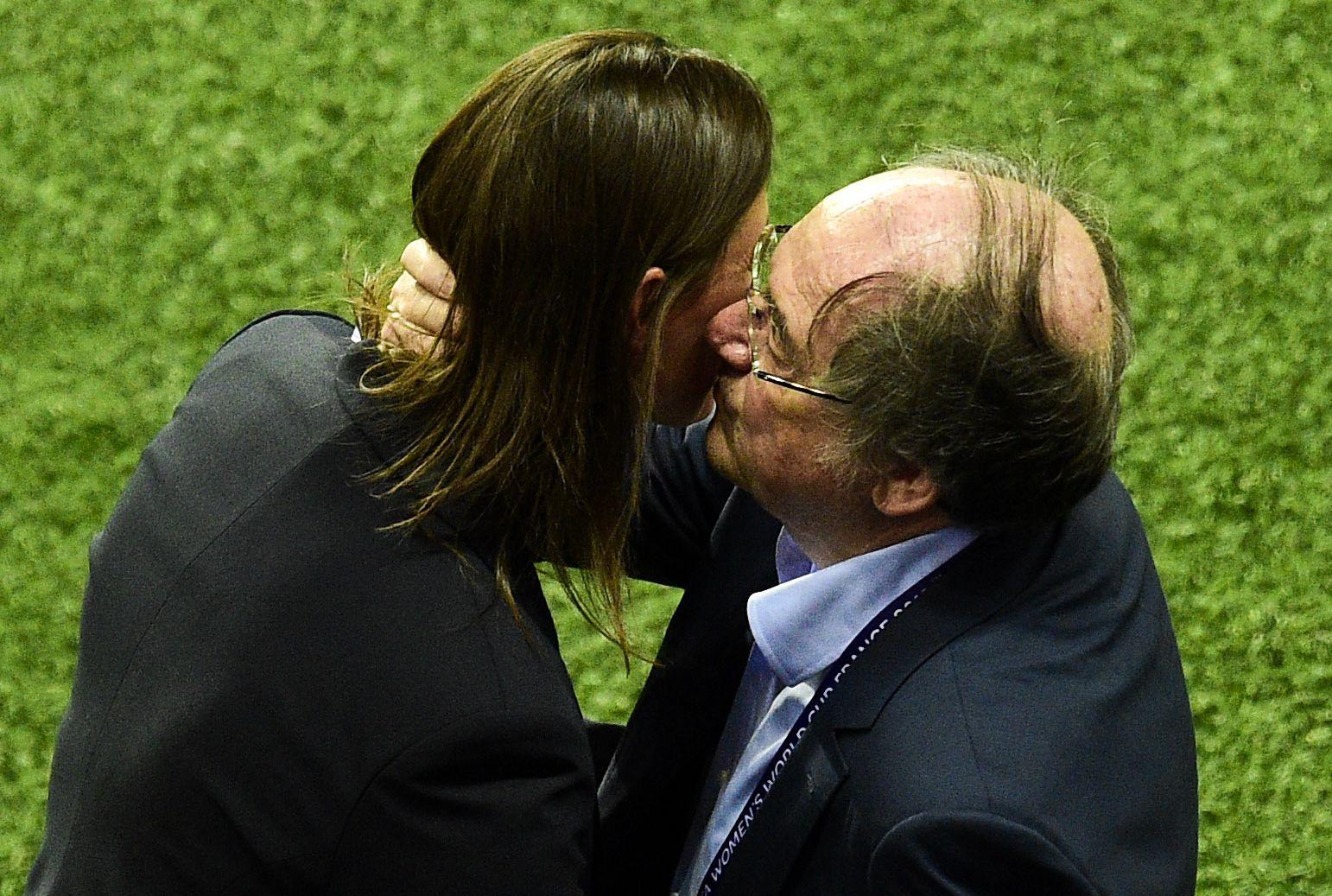 Football - Coupe du monde féminine - Jugeant le parcours des Bleues «honorable», Le Graët confirme Diacre dans ses fonctions
