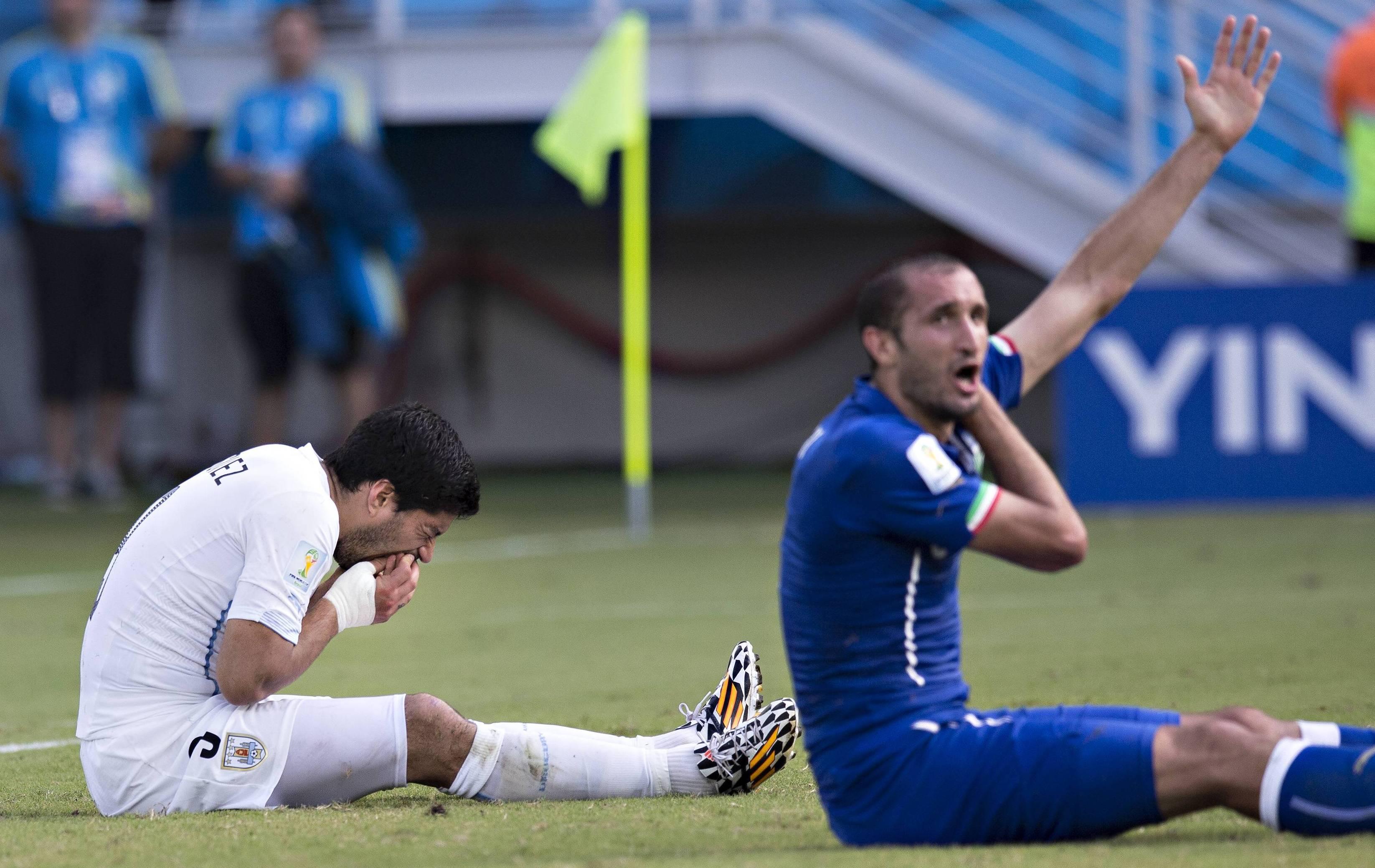 Suarez parmi les plus mauvais l ves de la coupe du monde 2014 br sil coupe du monde football - Jeux de football coupe du monde 2014 ...