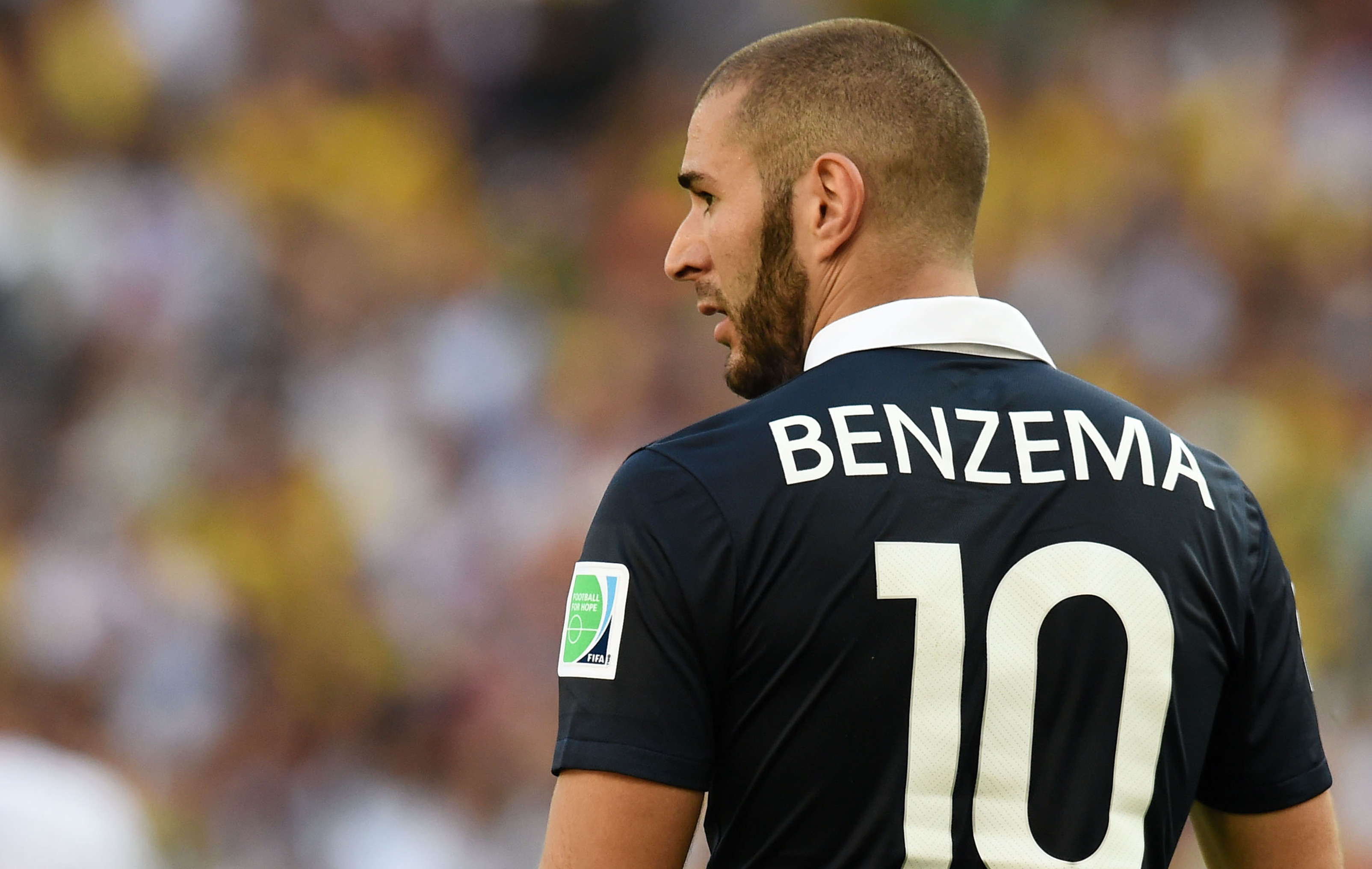 comment benzema peut il tre le meilleur joueur de la coupe du monde equipe de france 2014. Black Bedroom Furniture Sets. Home Design Ideas