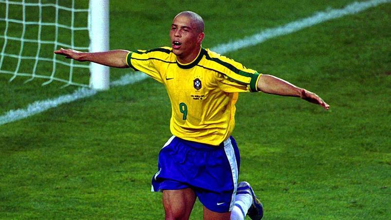 Football - Coupe du monde - 16 juin 1998 : Ronaldo ouvre son compteur et le Brésil se qualifie pour les 8es de finale