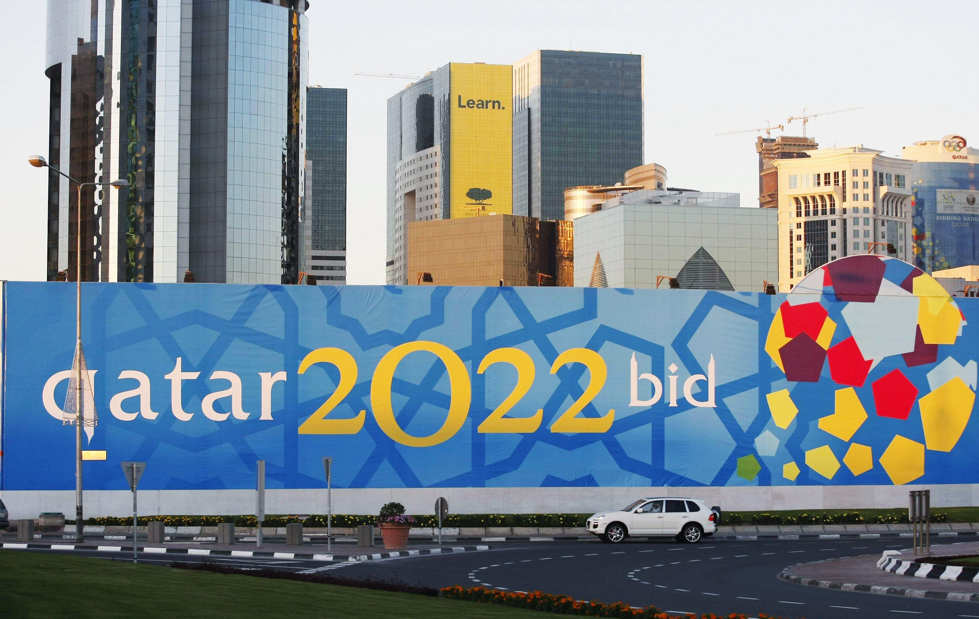 De l esclavagisme sur les chantiers du mondial 2022 coupe du monde football - Qatar football coupe du monde ...