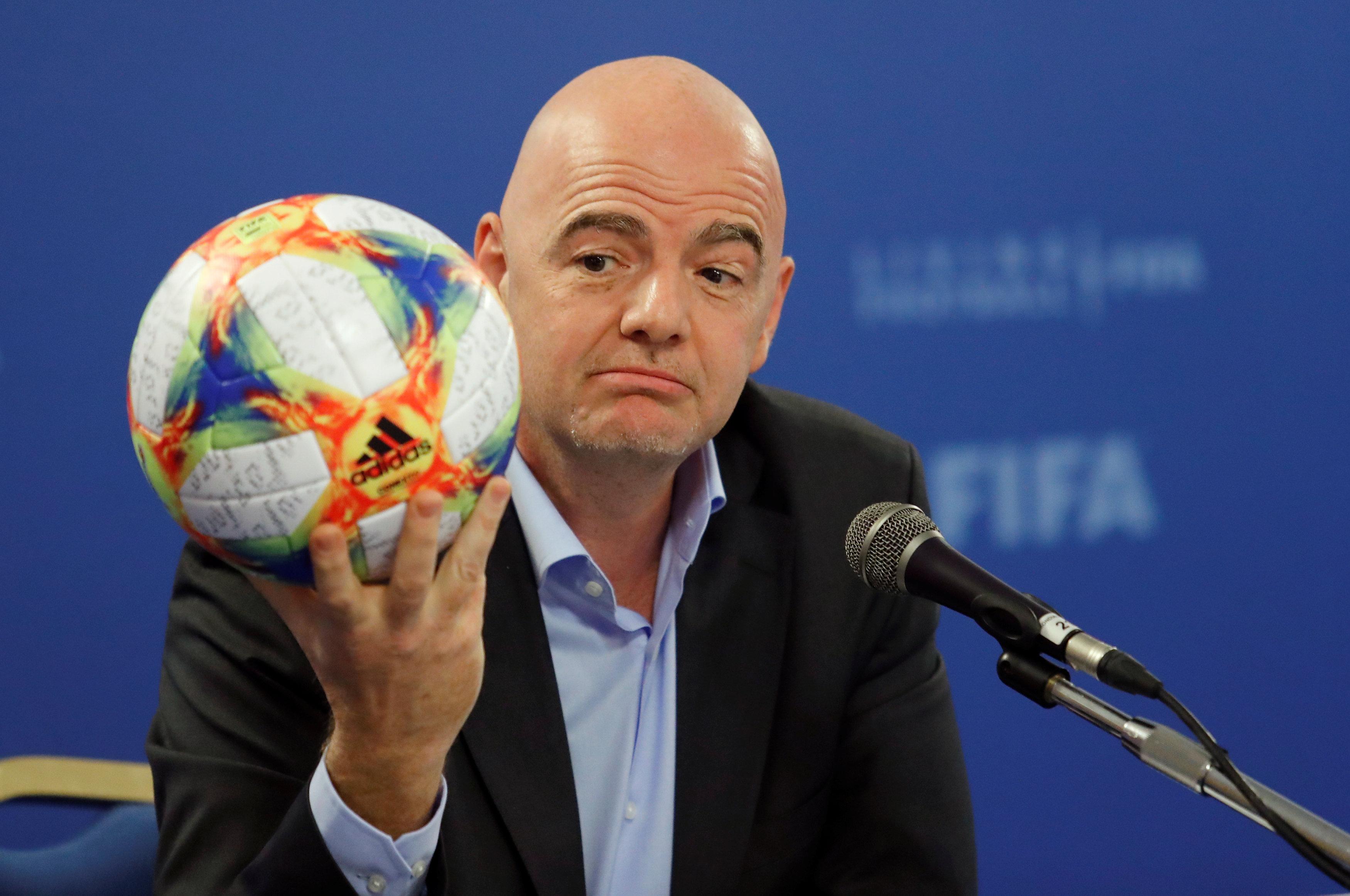 Football - Coupe du monde - Mondial 2022 : La Fifa abandonne son idée d'une compétition à 48 équipes