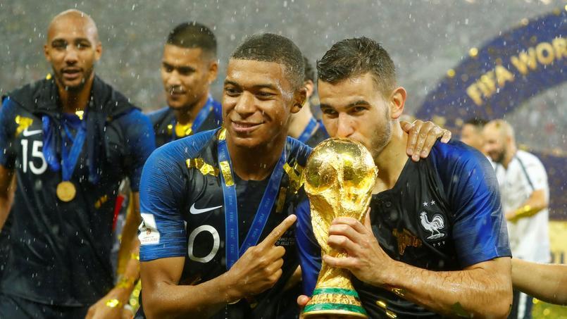 Football - Coupe du monde - Un maire demande aux Bleus champions du monde de refuser la Légion d'honneur