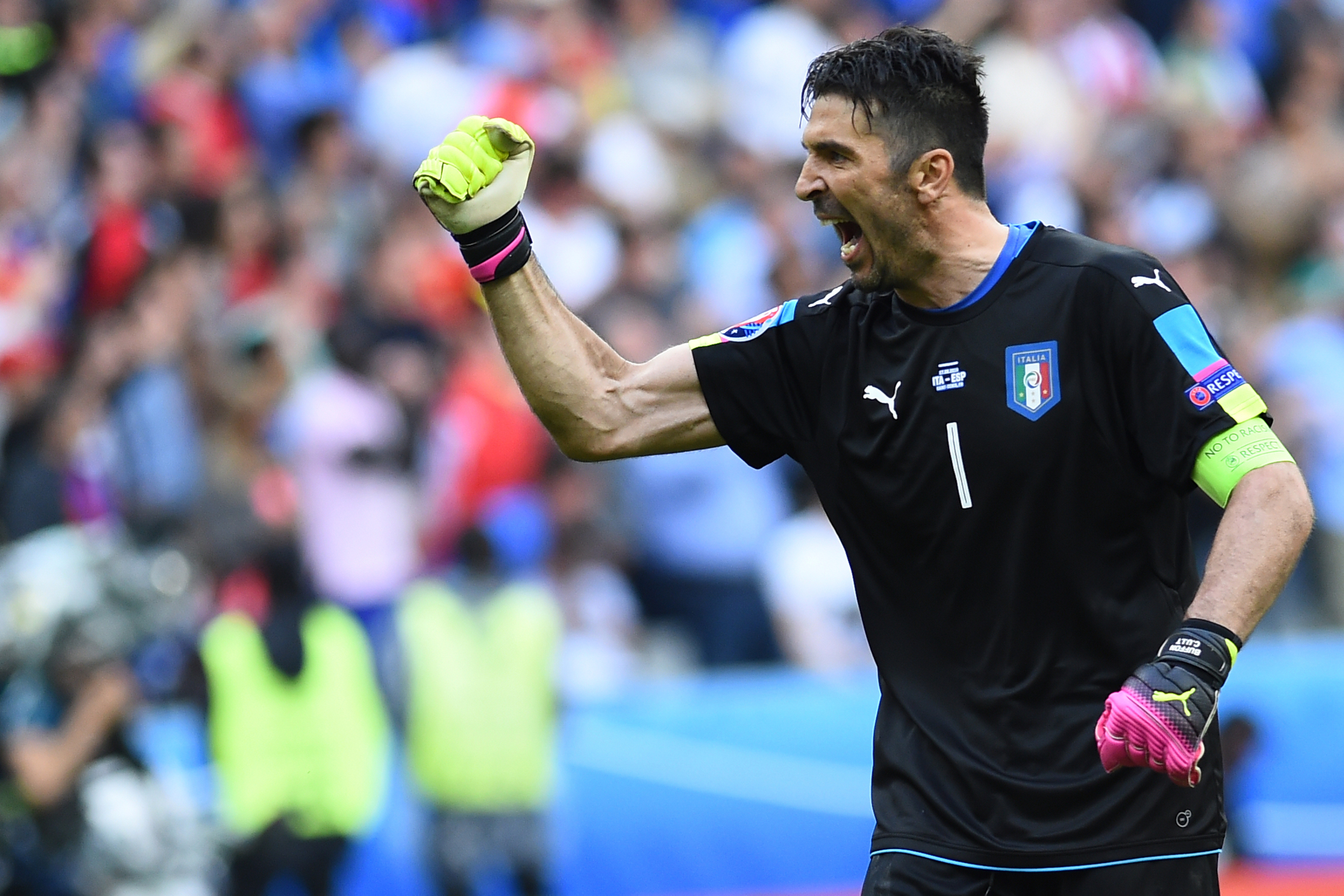 Football - Coupe du monde - Italie-Espagne en DIRECT
